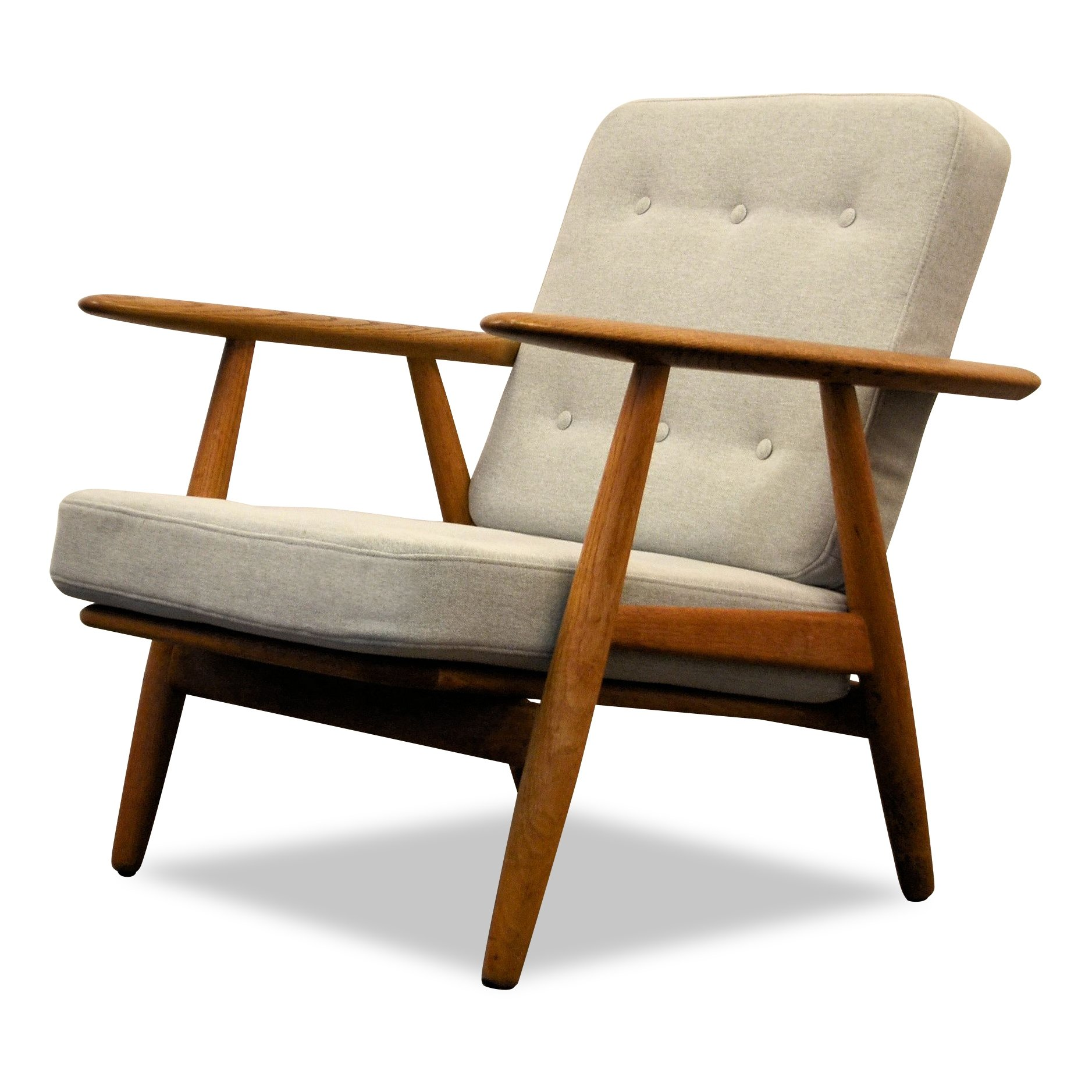 danish design hans j wegner 39 cigar 39 ge 240 oak lounge chair 71450. Black Bedroom Furniture Sets. Home Design Ideas