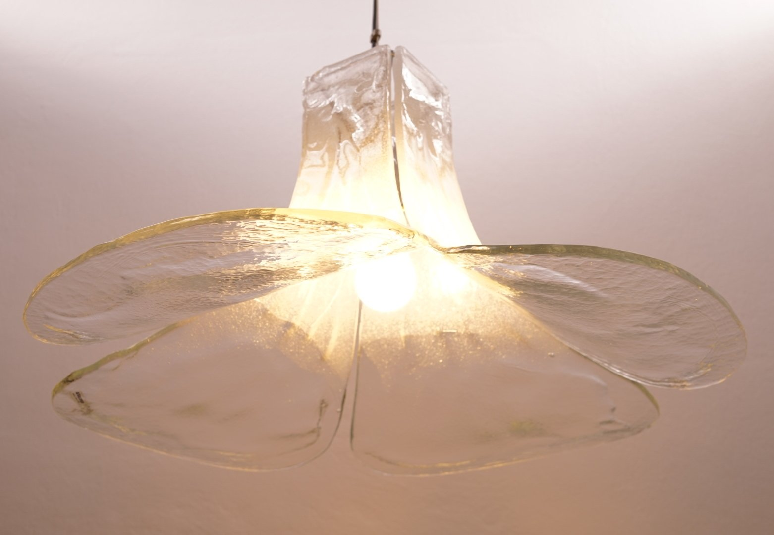 Large Murano glass chandelier designed by Carlo Nason for Mazzega