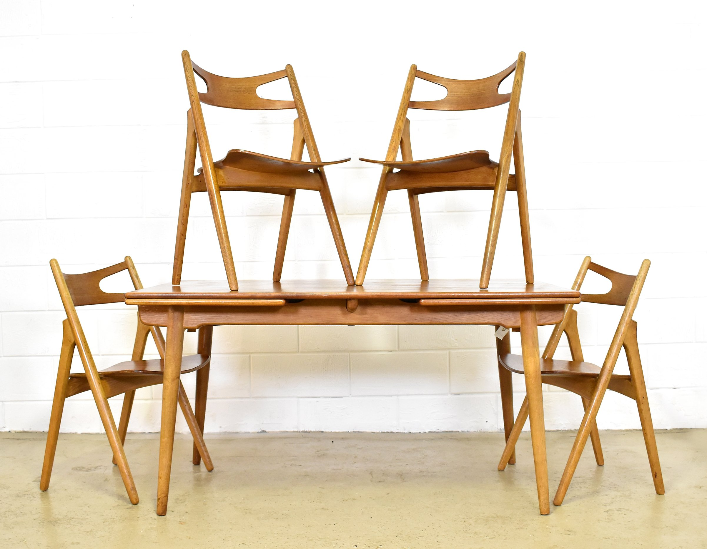 At 312 Ch 29 Saw Buck Dinner Set By Hans Wegner For Carl Hansen  # Muebles Sixties