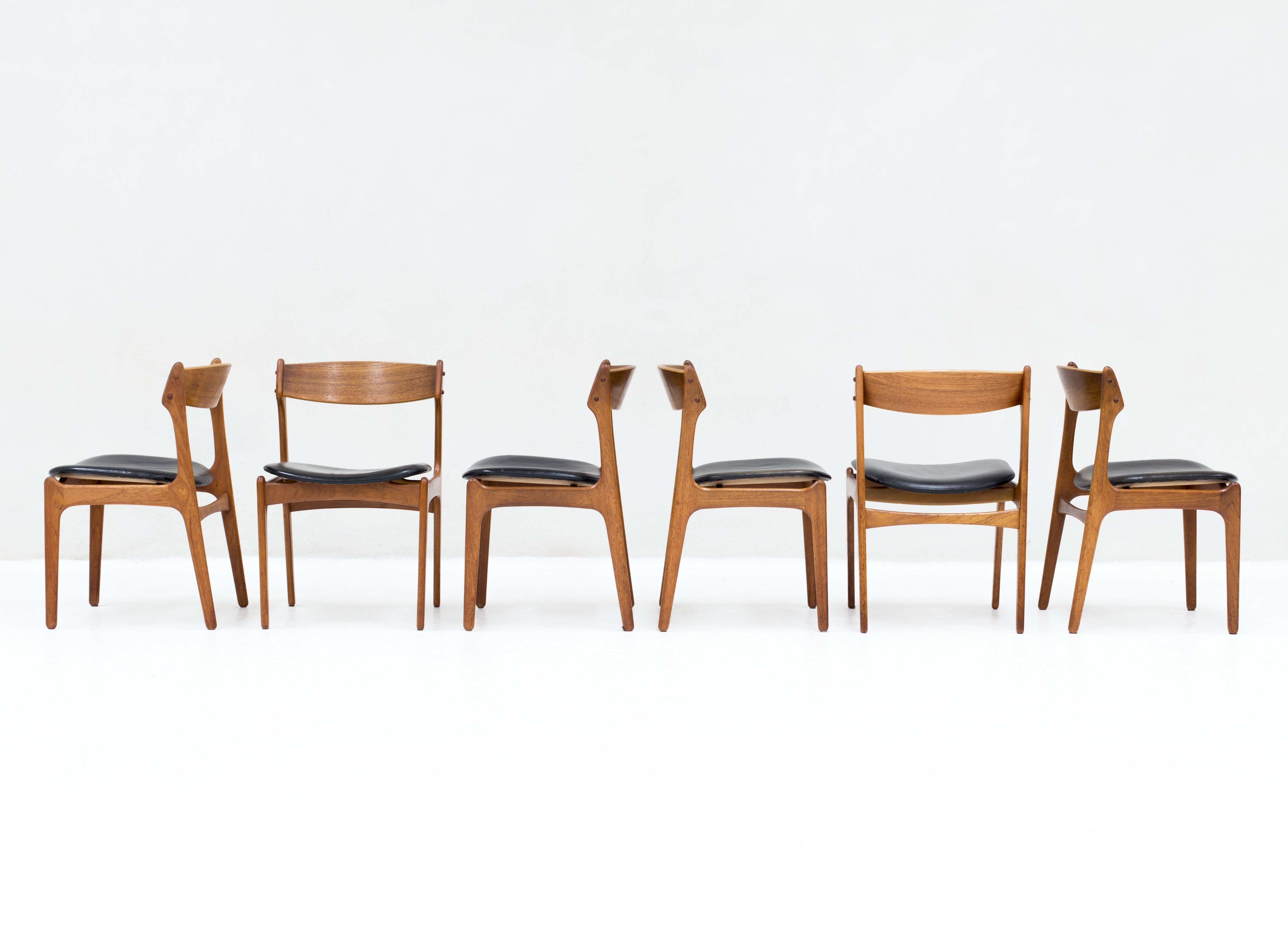 set of 6 model 49 dining chairs in teak by erik buch for o d
