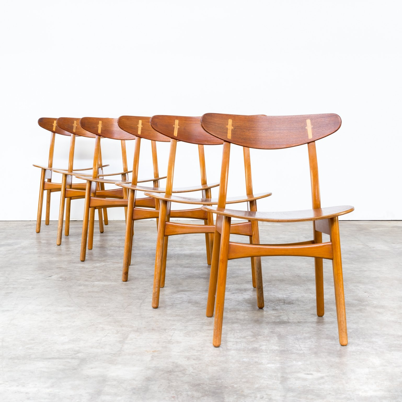 set of 6 39 ch 30 39 hans wegner dining chairs for carl hansen son 1950s 72943. Black Bedroom Furniture Sets. Home Design Ideas