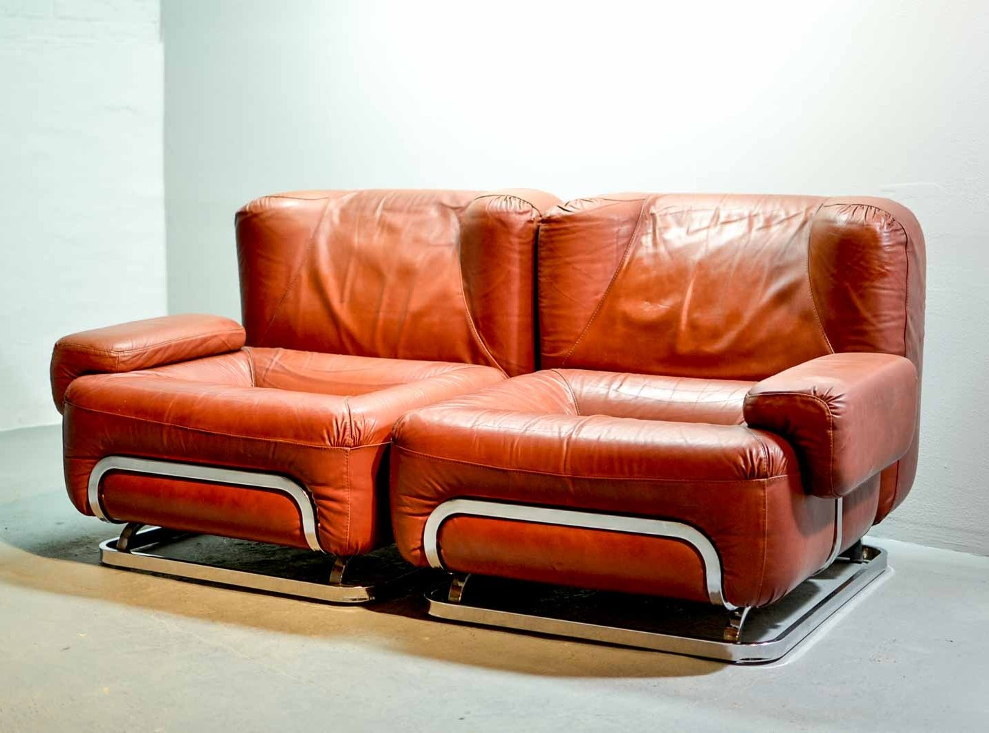 Mid Century Chestnut Brown Leather 2 Seater Sofa 1970s 73218