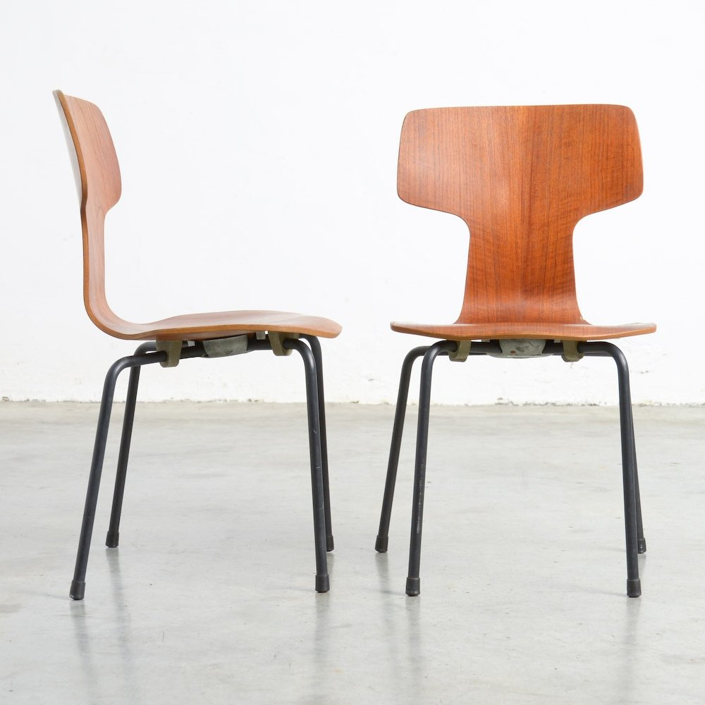 Rare Childrenu0027s Bent Plywood Chairs By Arne Jacobsen For Fritz Hansen