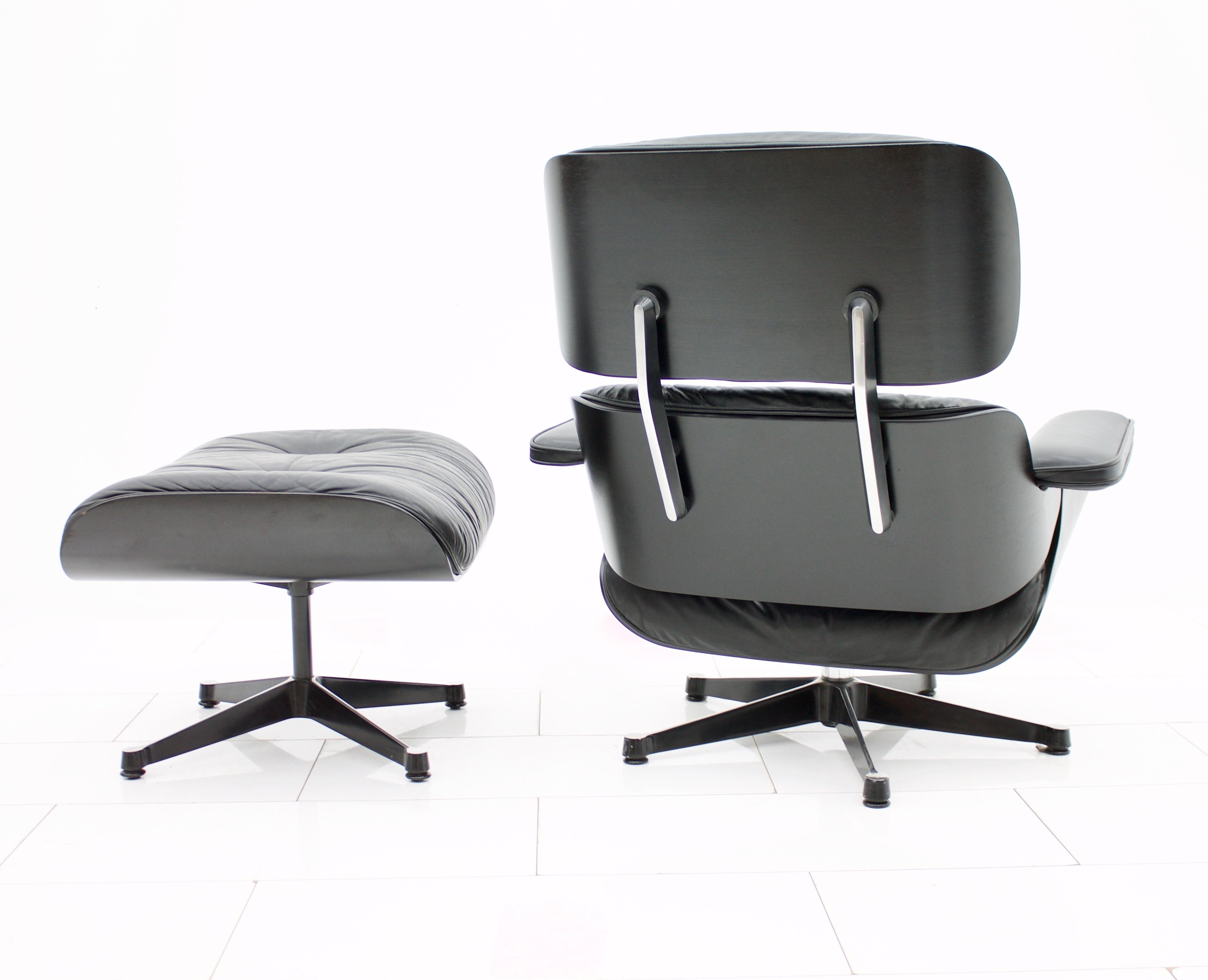 Astonishing Black Lounge Chair Ottoman By Charles Ray Eames For Short Links Chair Design For Home Short Linksinfo