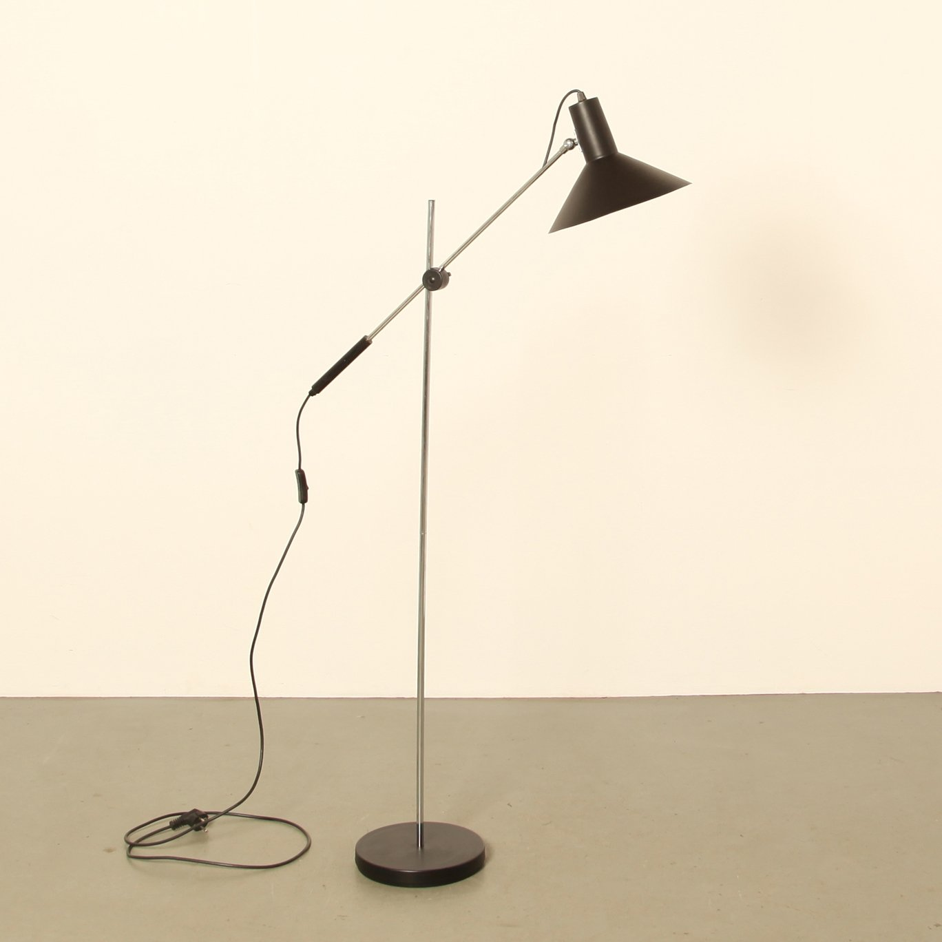 Counterbalance floor lamp by j j m hoogervorst for anvia 74591 counterbalance floor lamp by j j m hoogervorst for anvia aloadofball Image collections
