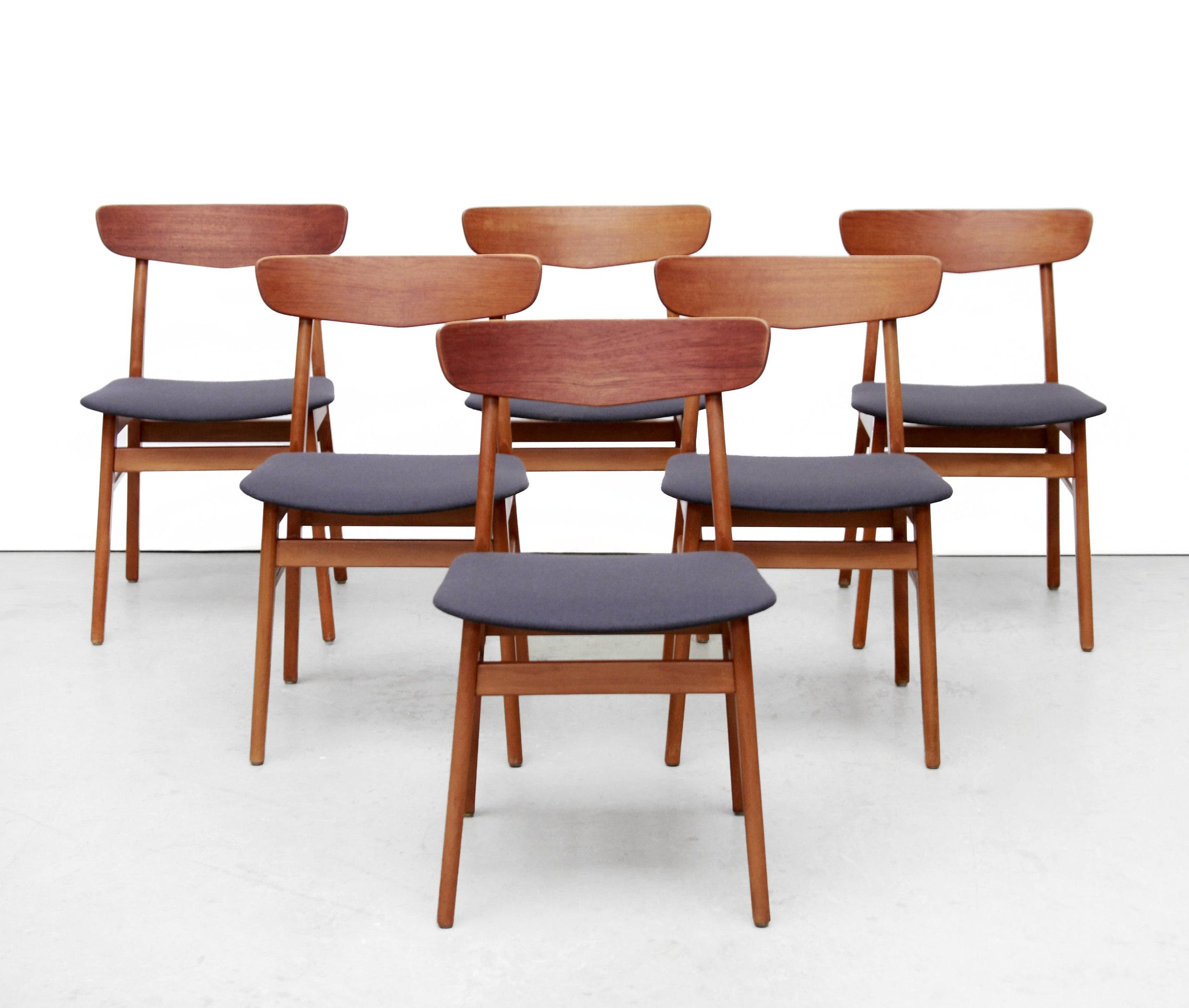 Set Of 6 Danish Designer Dining Chairs From Farstrup In Teak