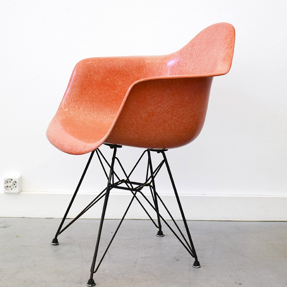 Second generation Zenith DAR armchair by Charles & Ray ...