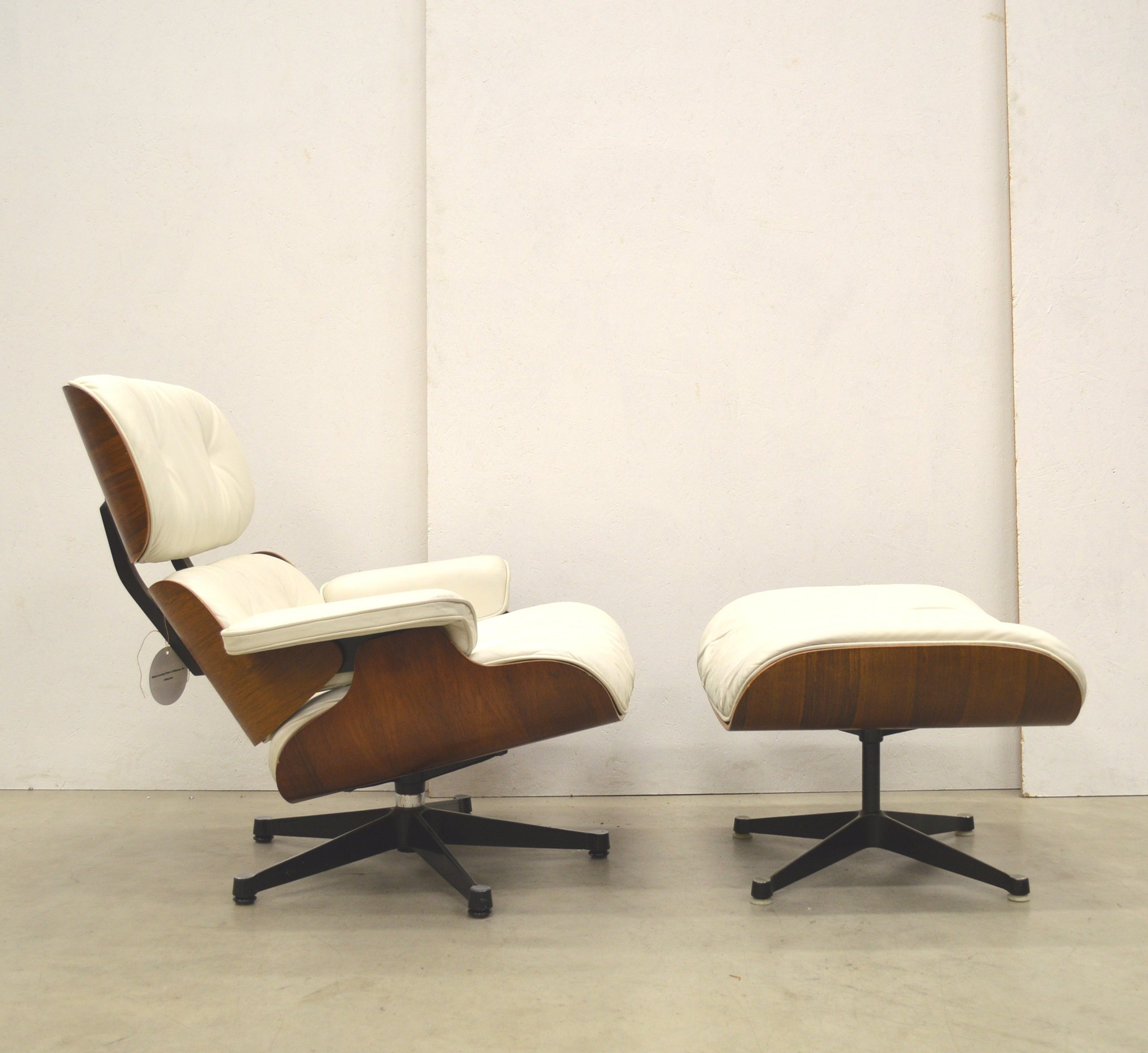 Lounge Chair By Charles Amp Ray Eames For Herman Miller