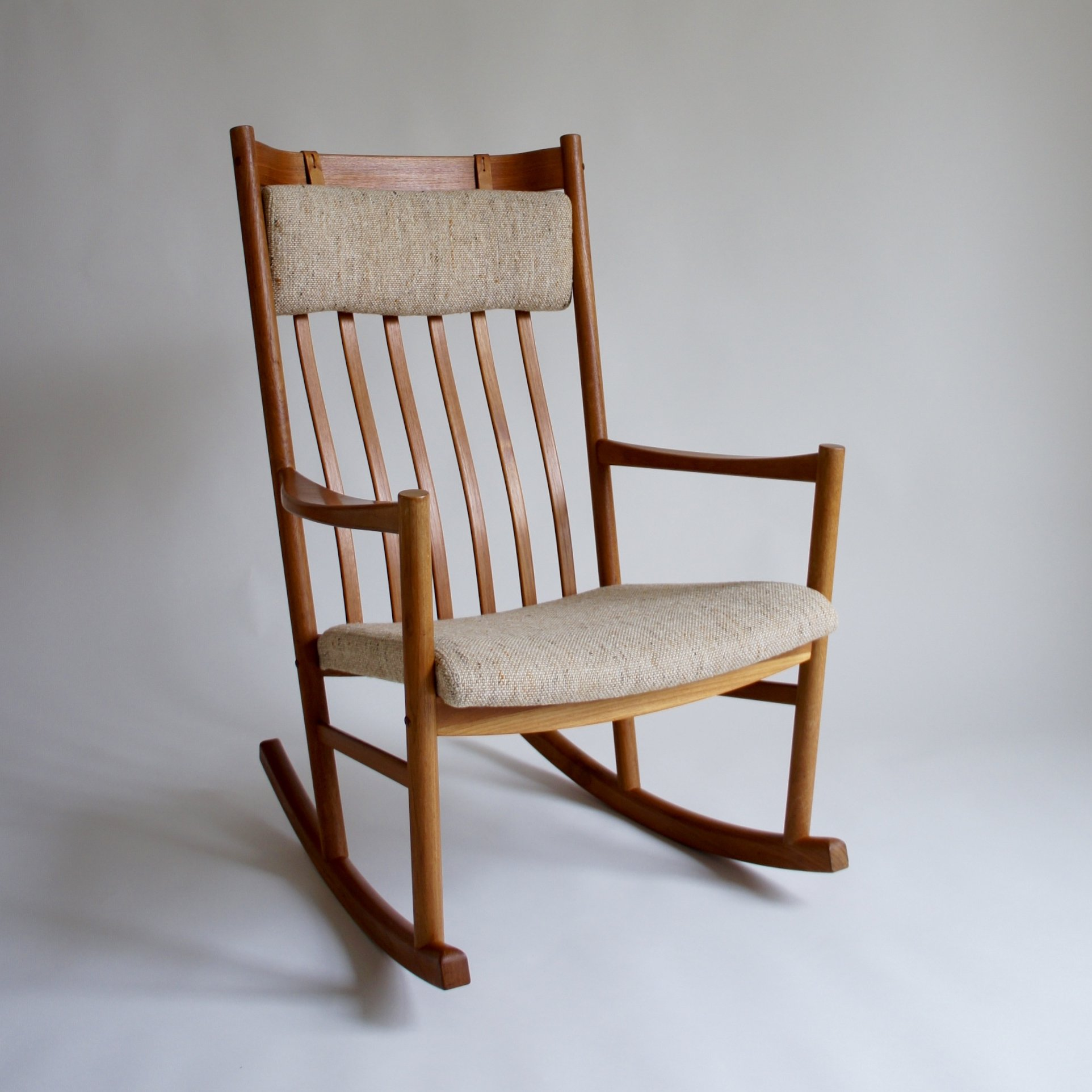 Tarm Stole Rocking Chair By Hans Wegner