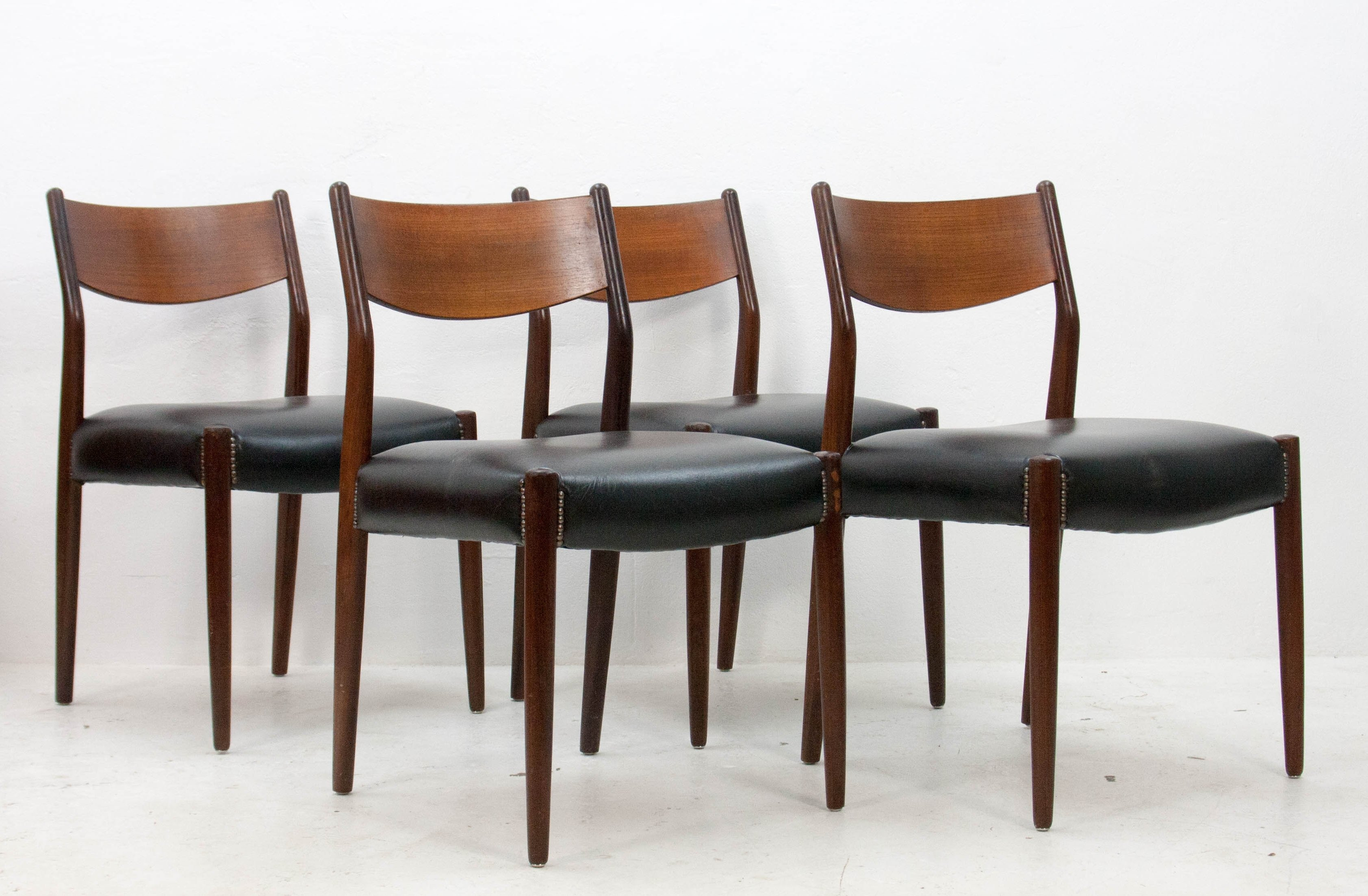 Set Of 4 Fristho Dinner Chairs, 1960s | #78772