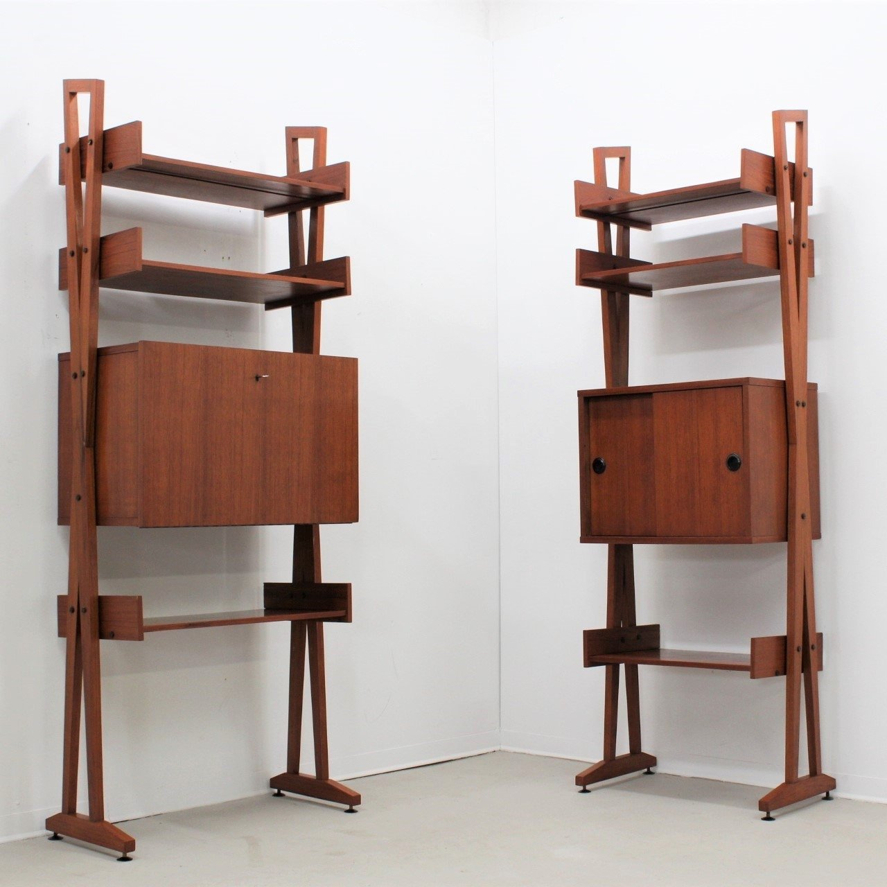 Pair of Mid century Italian design teak bookcases | #79885