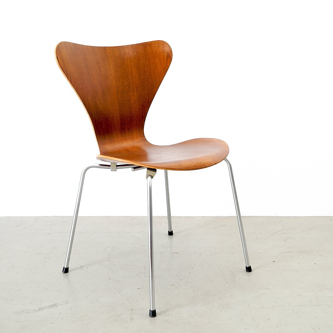 Plywood Teak Shell Model 3107 Chair By Arne Jacobsen