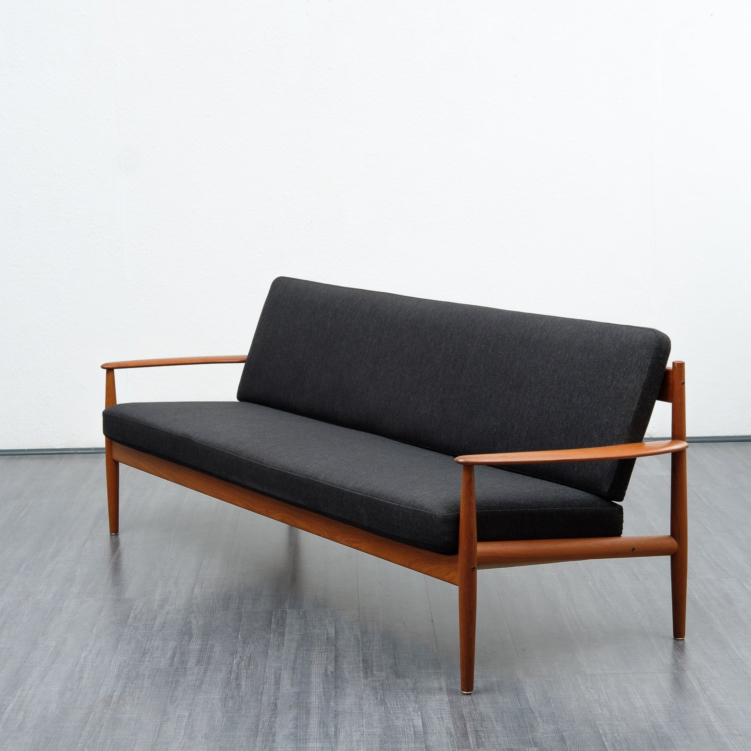 Danish classic teak sofa by Grete Jalk for France & Son | #81063