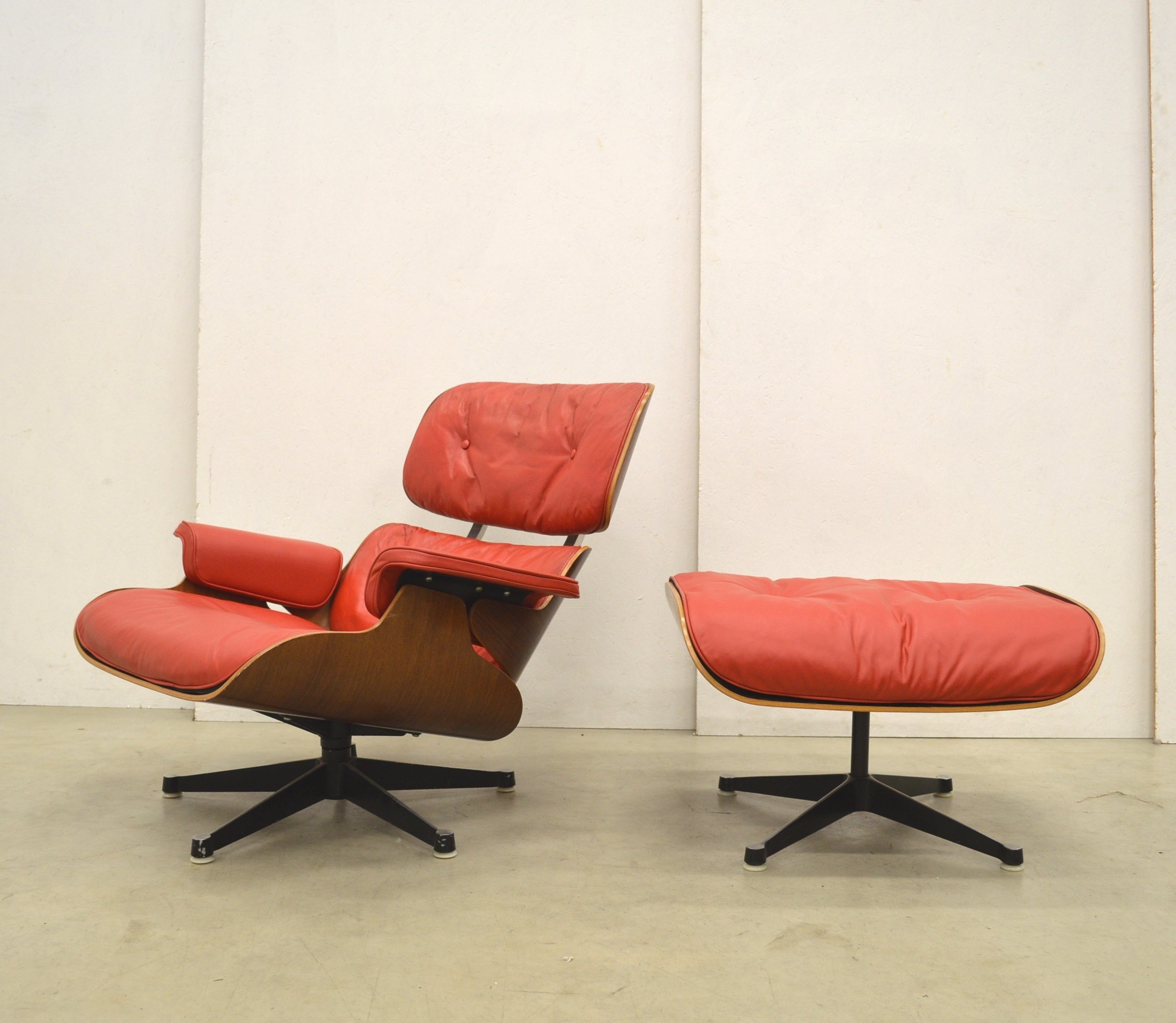 1st Edition Eames Lounge Chair U0026 Ottoman By Herman Miller, 1950s