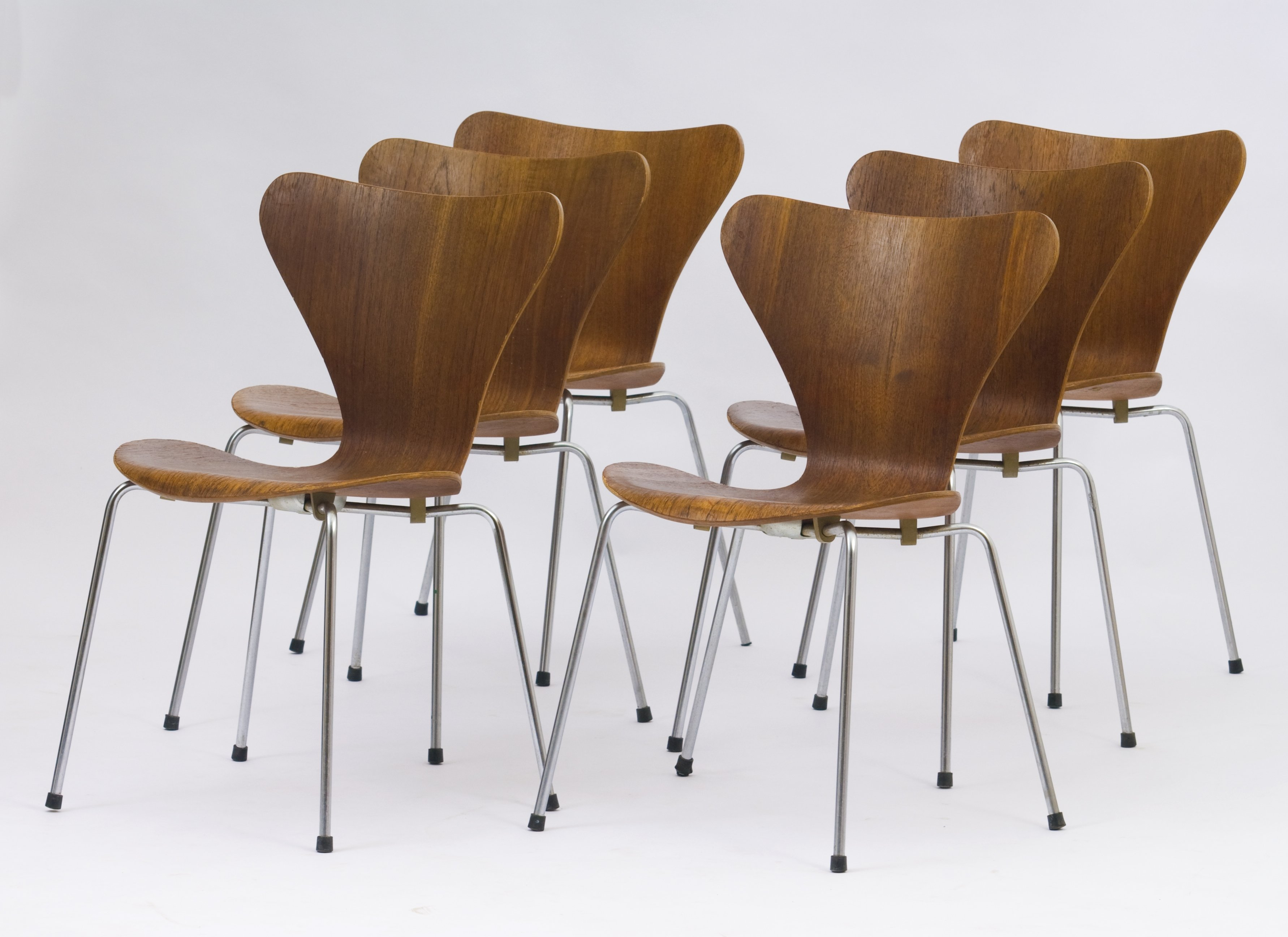 Set Of 6 Dinner Chairs By Arne Jacobsen For Fritz