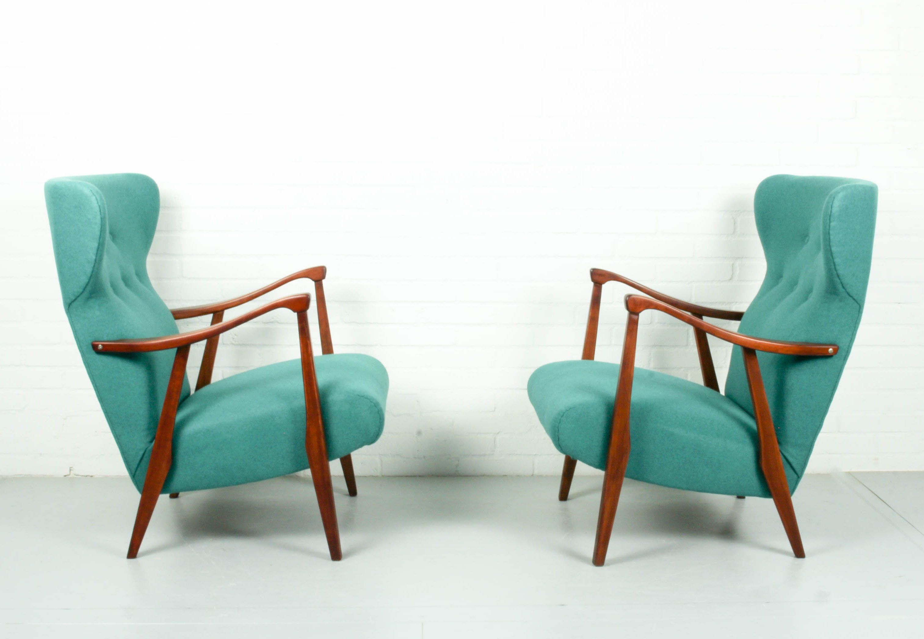 Set Of 2 Vintage Lounge Chairs In Vibrant Green Color,