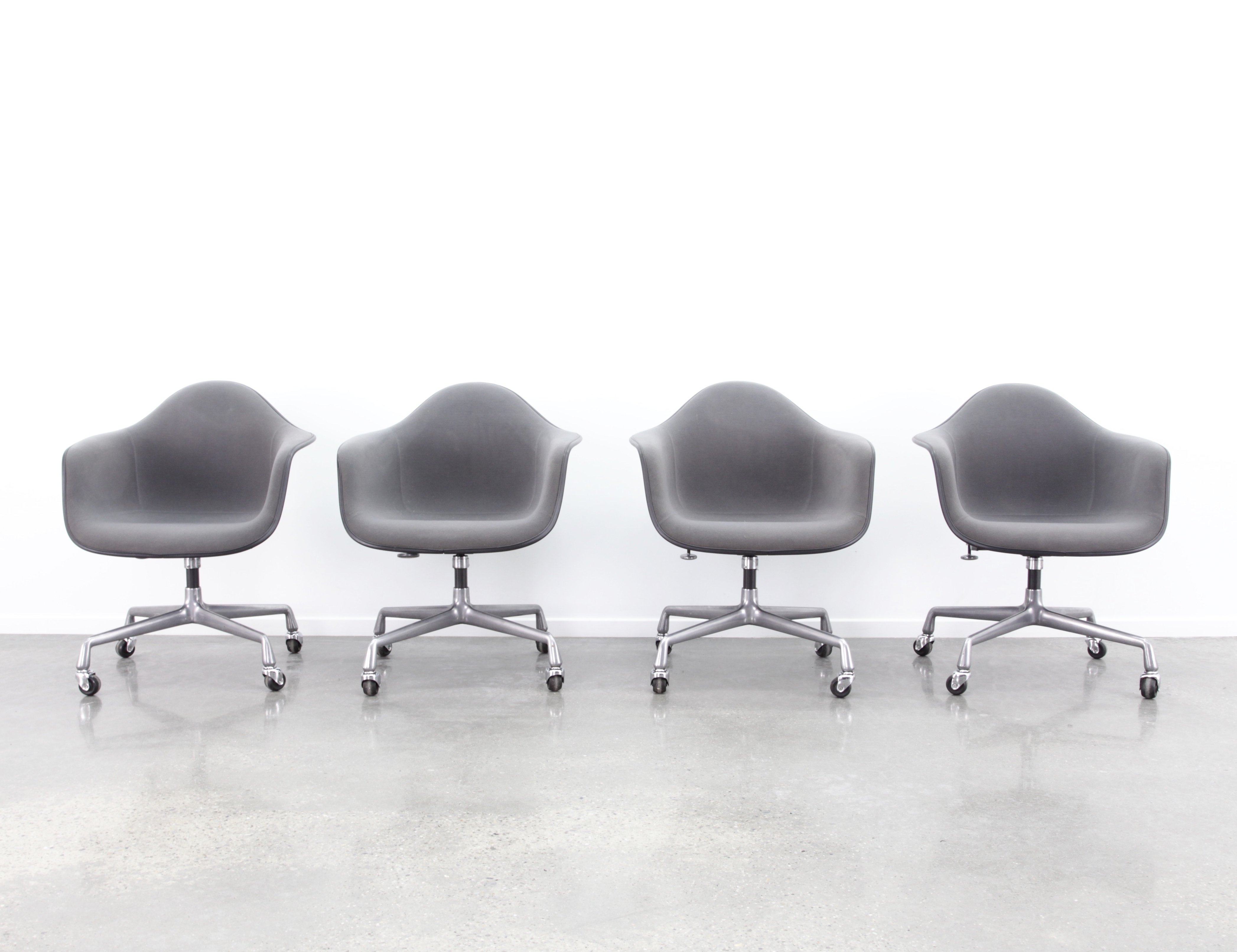 new concept 7112a 02b16 4 x PACC office chair by Charles & Ray Eames for Herman Miller, 1980s