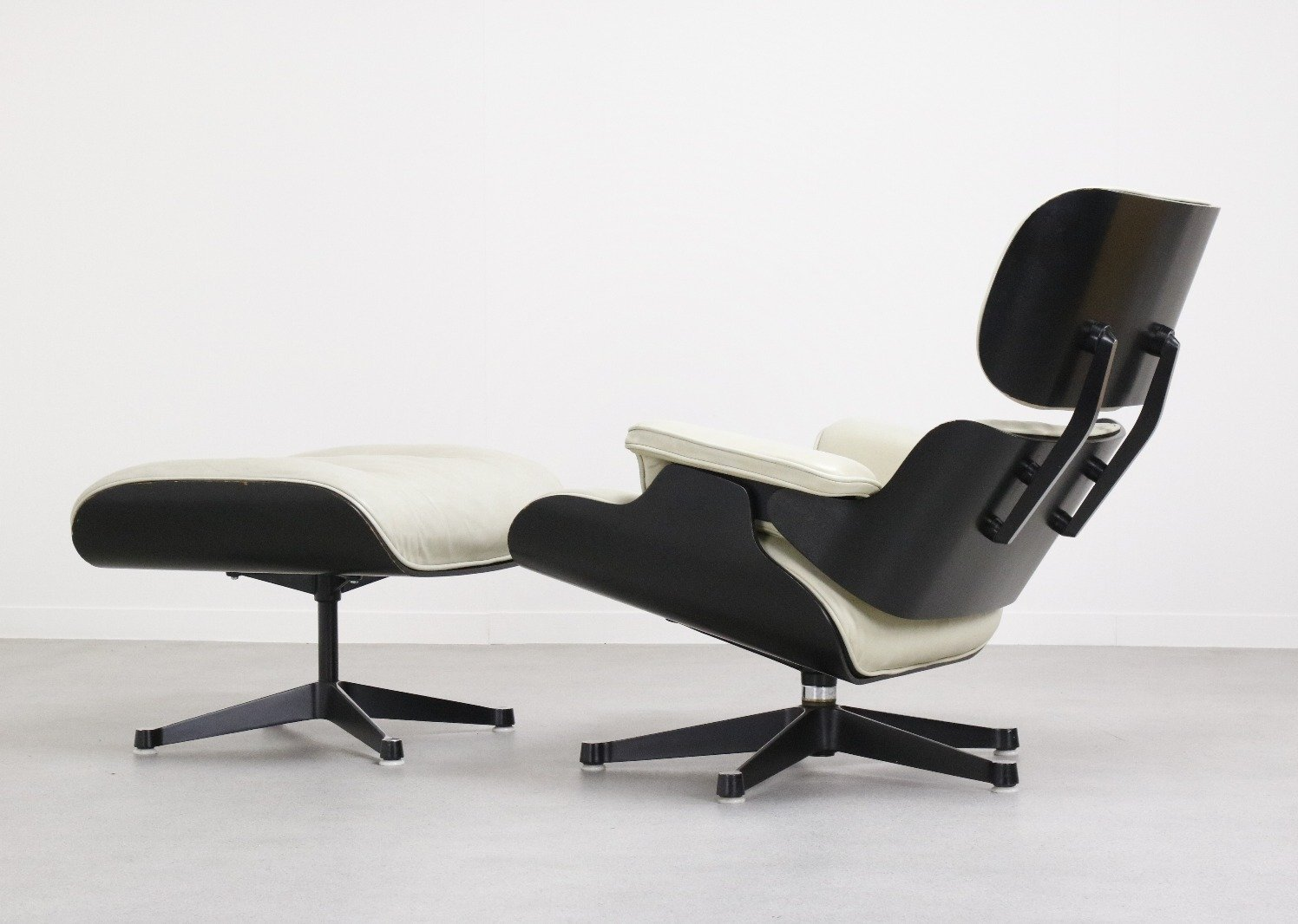 Eames Lounge Stoel : Rare charles ray eames lounge chair by fehlbaum pre vitra