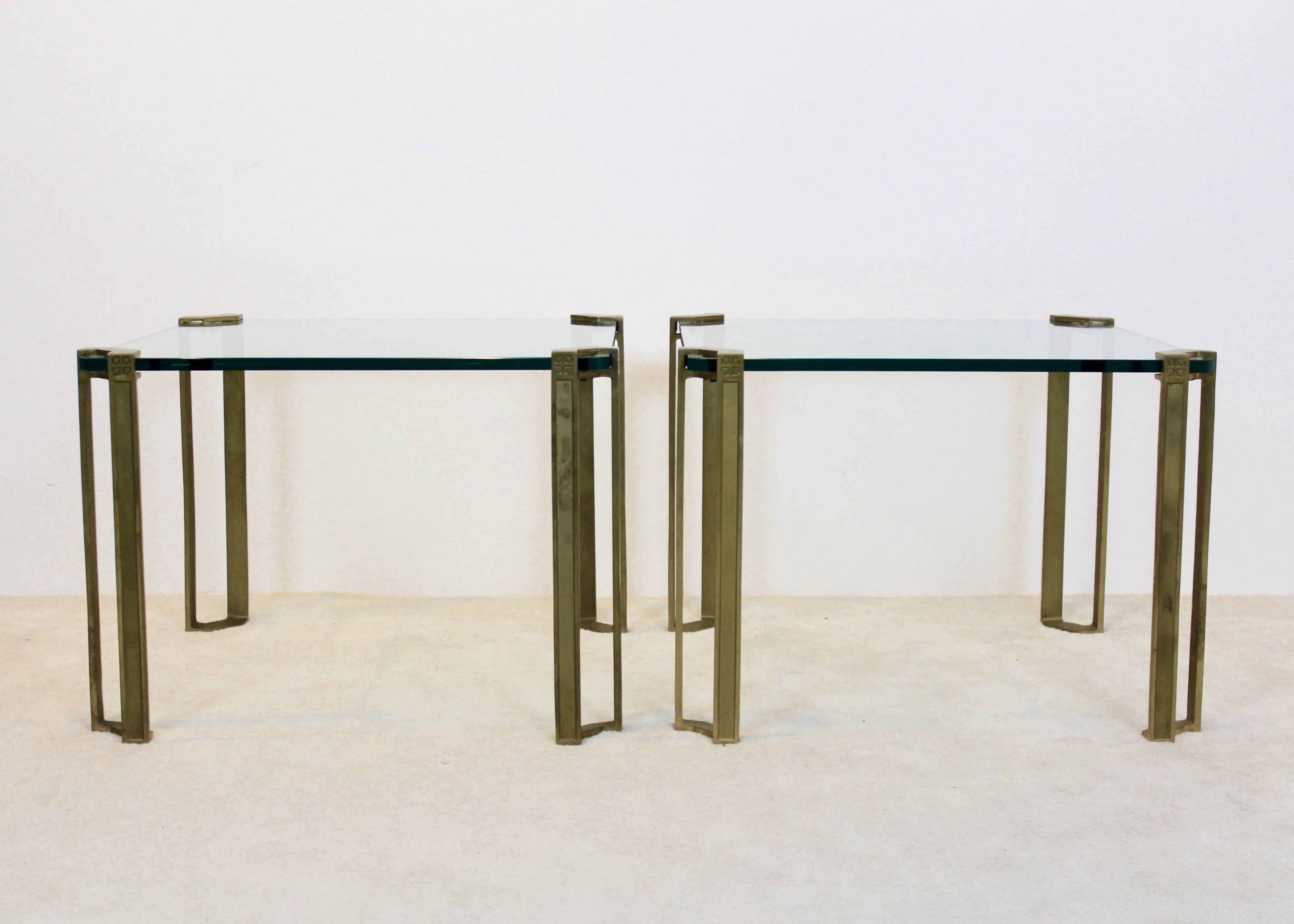 the latest 41ed6 0d88e Set of Peter Ghyczy Brass & Glass Side tables