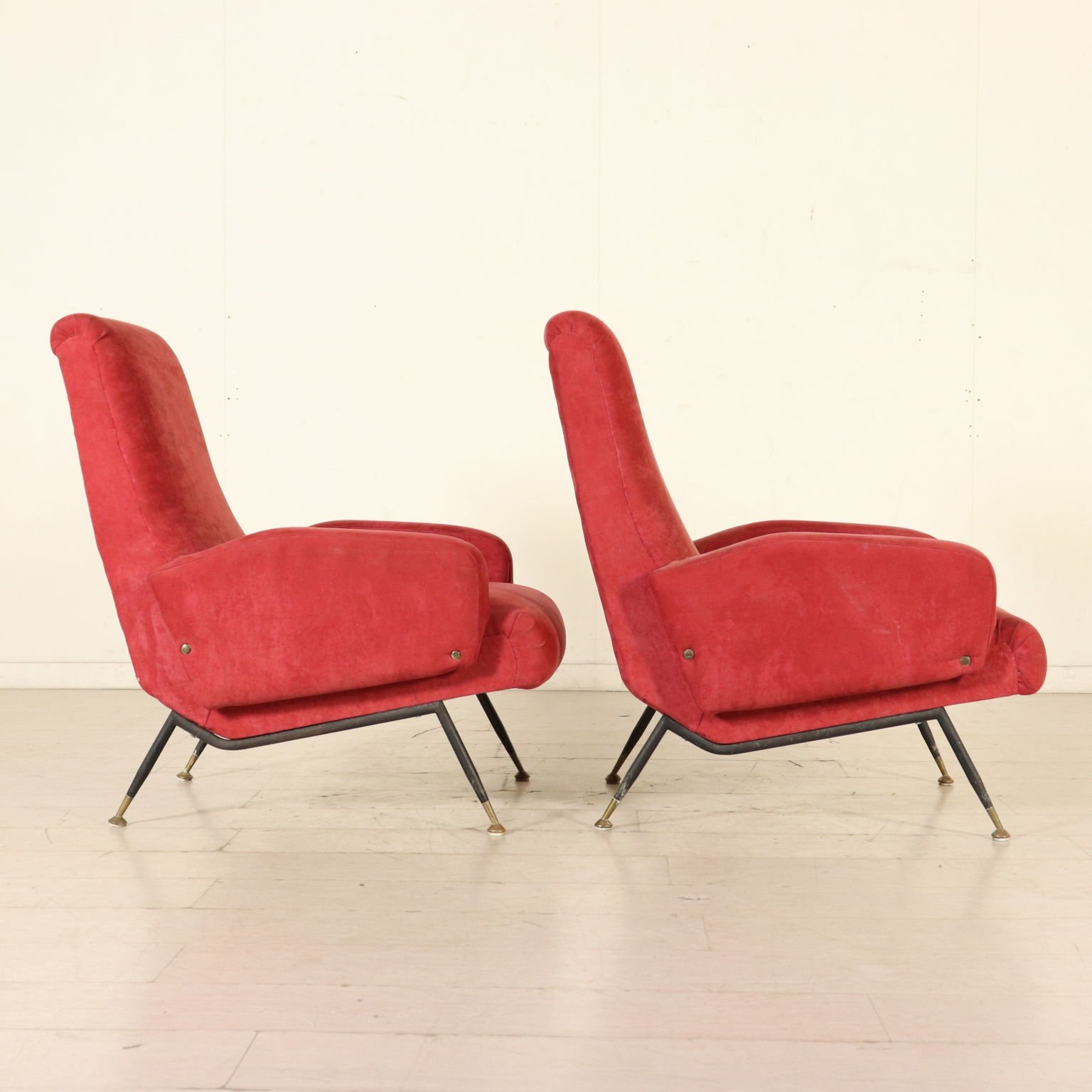 Pair of armchairs with foam padding fabric italy 1950s 1960s 85770
