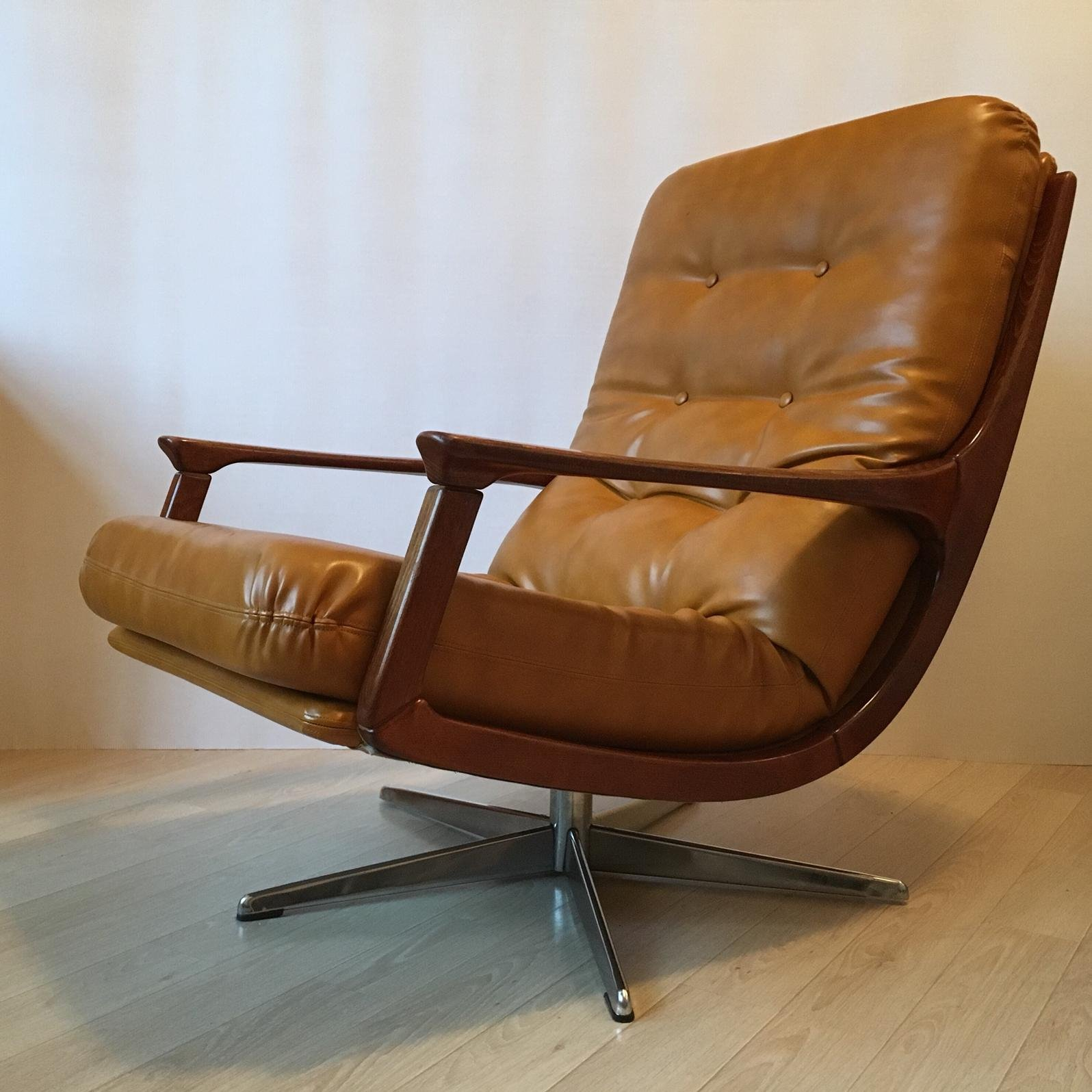 Magnificent Midcentury Modern German Camel Leather Swivel Lounge Chair Pdpeps Interior Chair Design Pdpepsorg