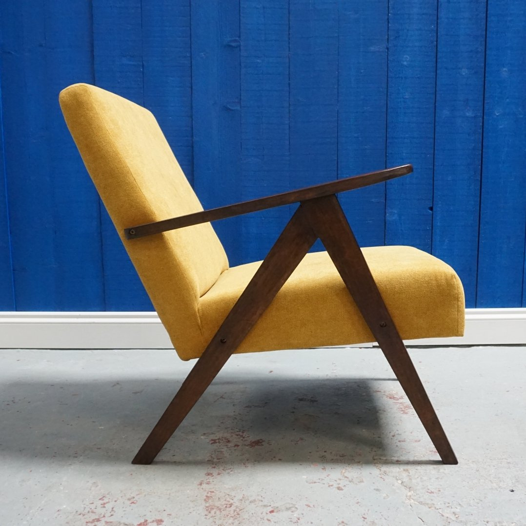 Mid Century Modern Lounger In Yellow 1960 S