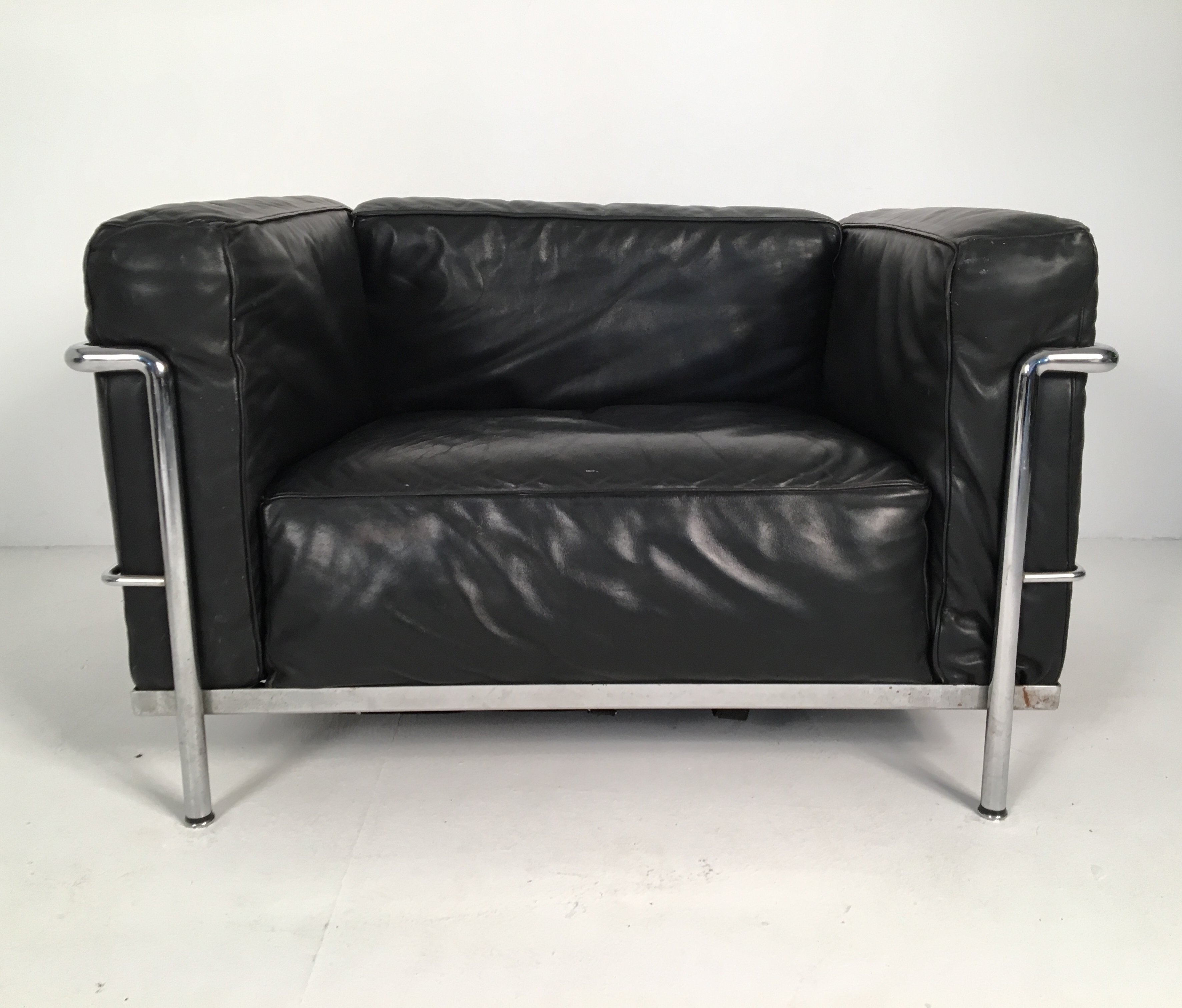 Mid Late 20th Century Lc3 Armchair By Le Corbusier For Cassina 90361