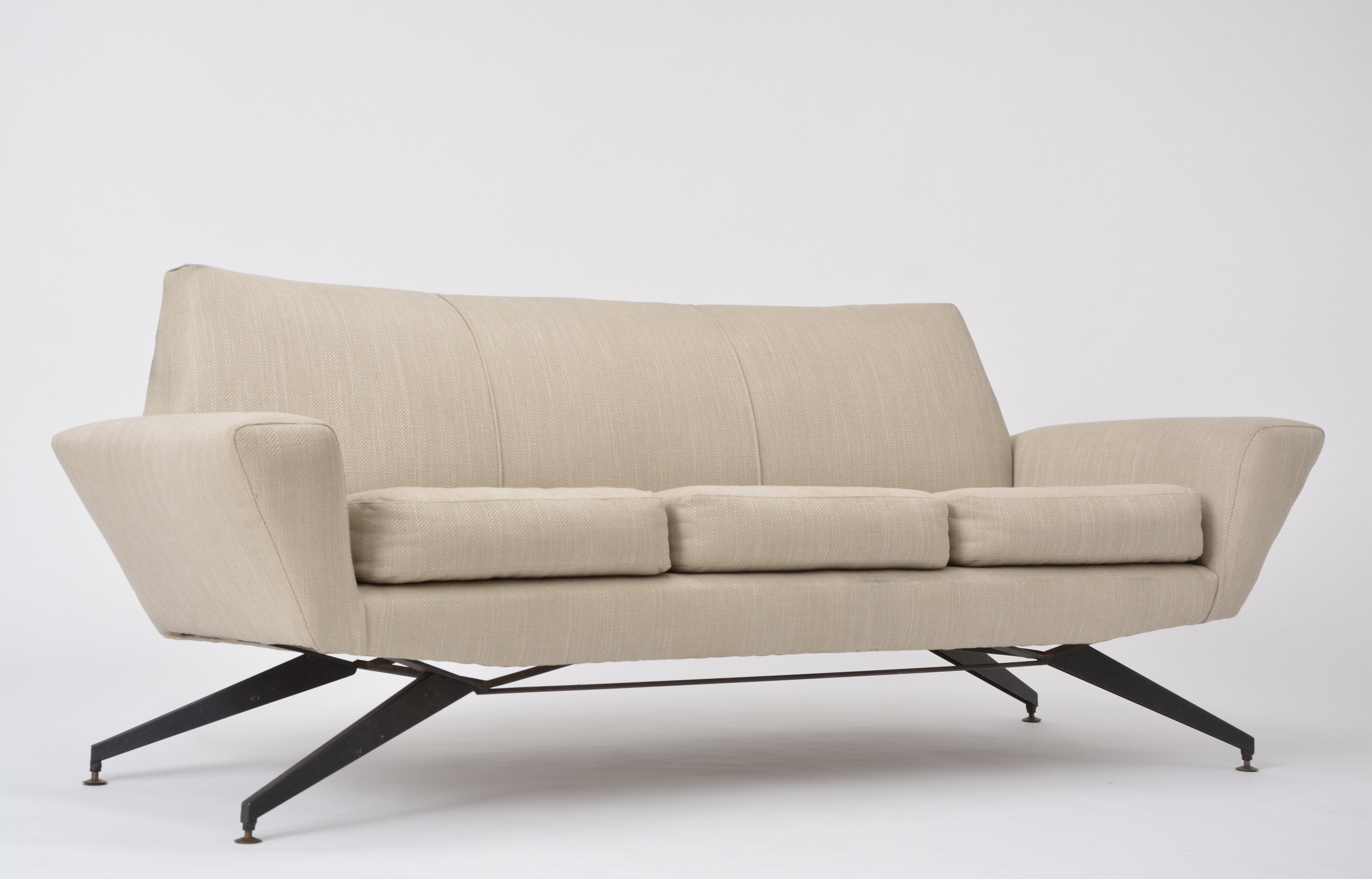 Italian Sofa With Metal Base By Lenzi