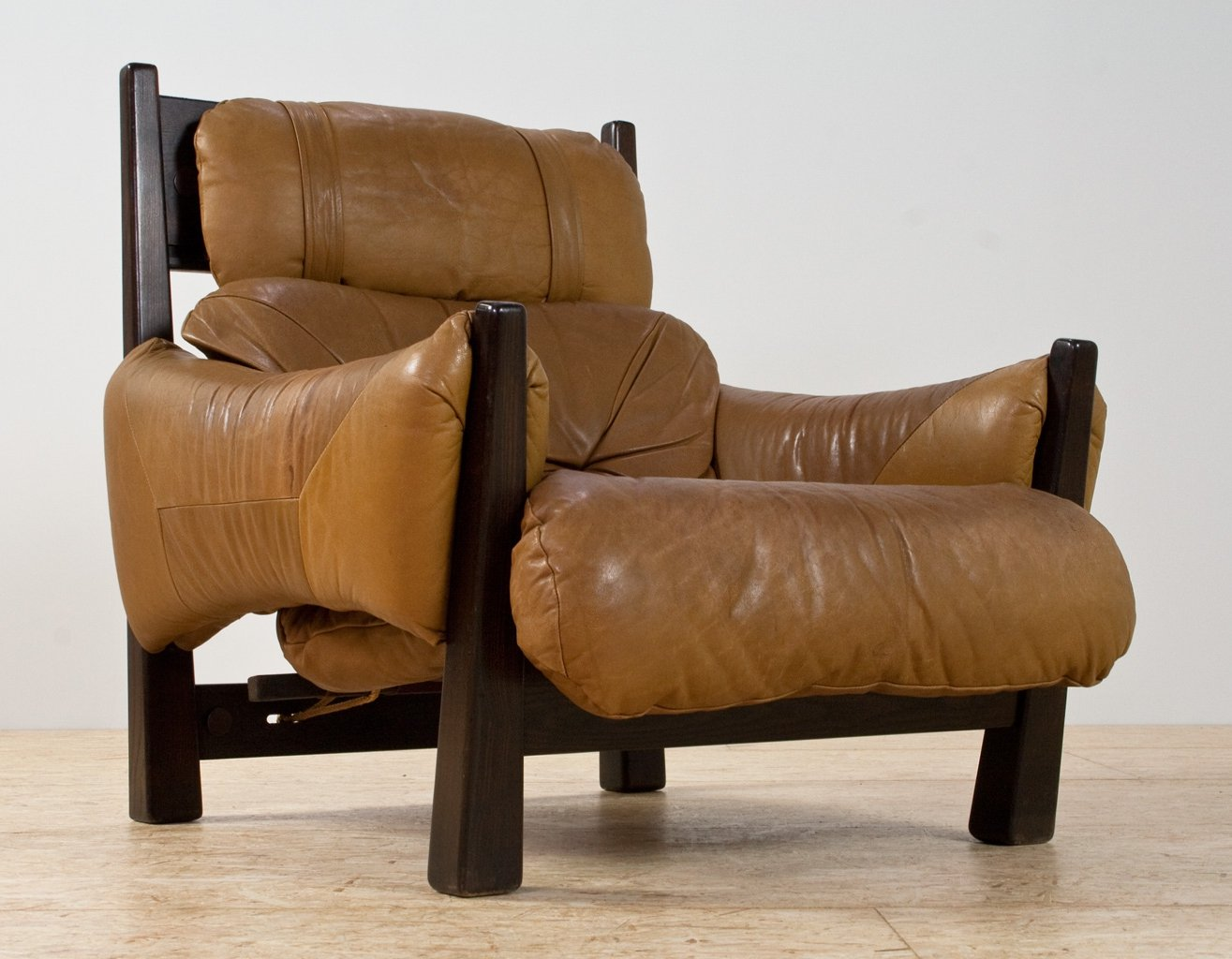 Swell Brazilian Modern Lounge Chair In Camel Coloured Leather Machost Co Dining Chair Design Ideas Machostcouk