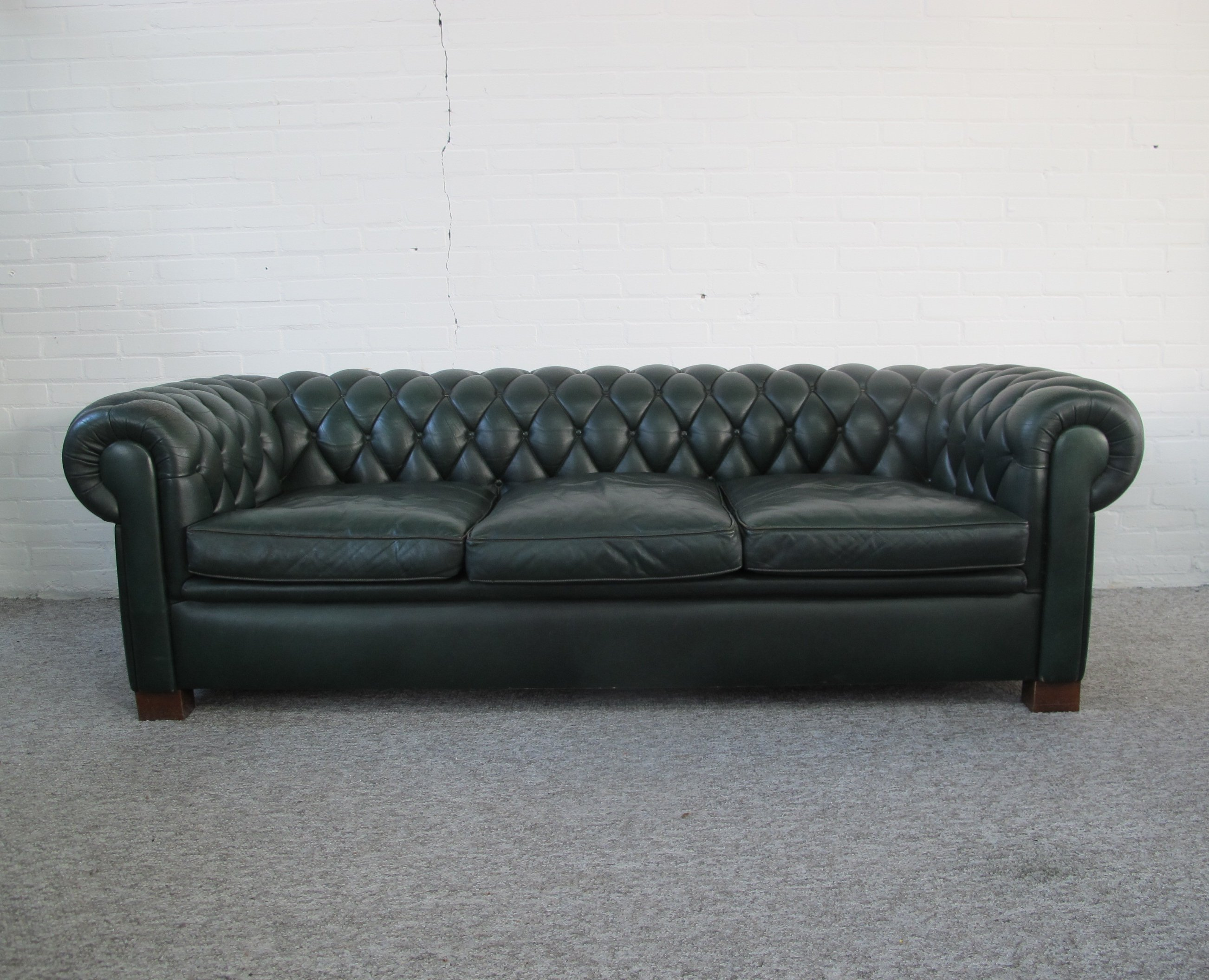 Original English Chesterfield Sofa In Green Leather, 1970s ...