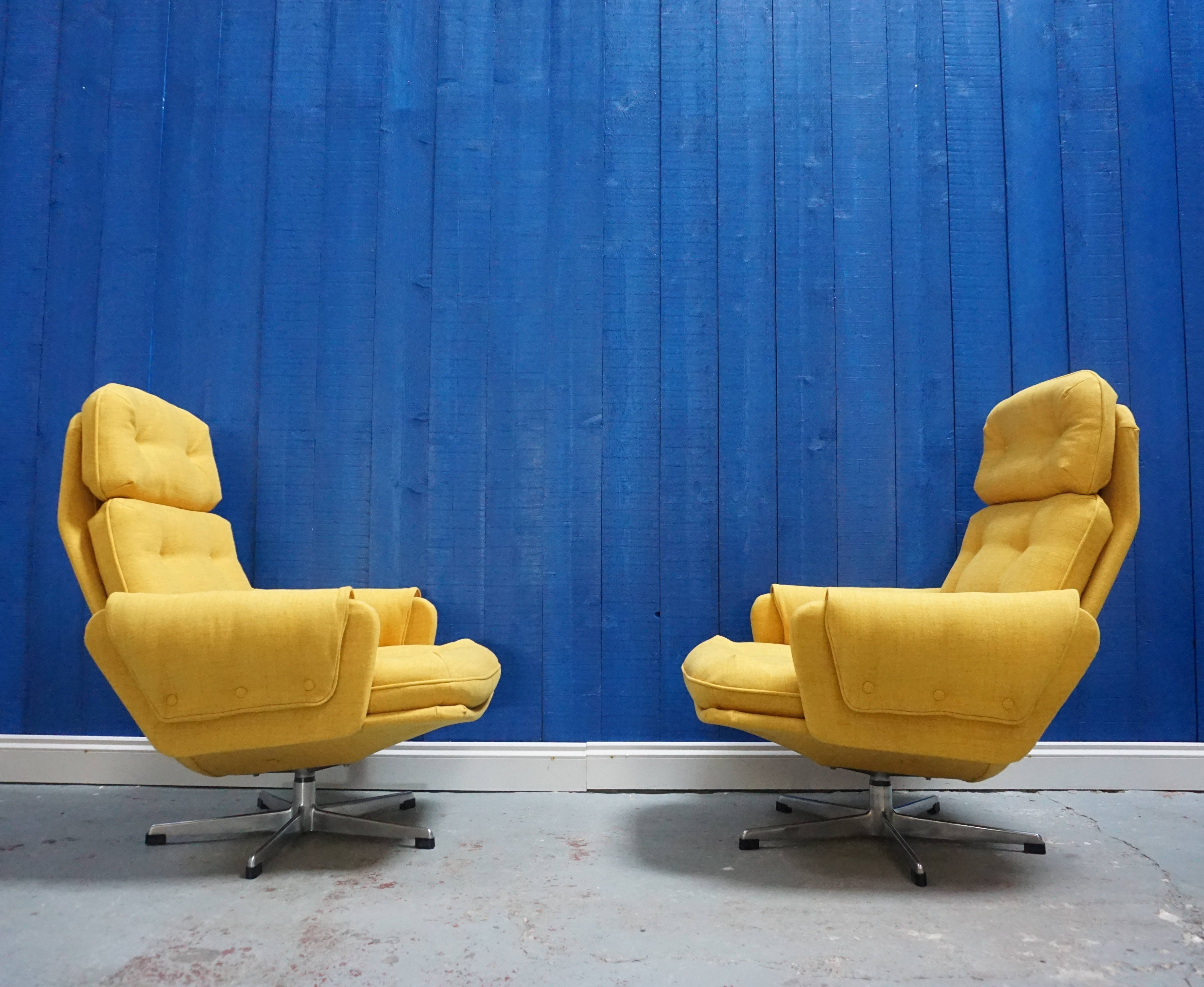 2 X Mid Century Modern Czech Swivel Chairs In Yellow 1960 S 95643