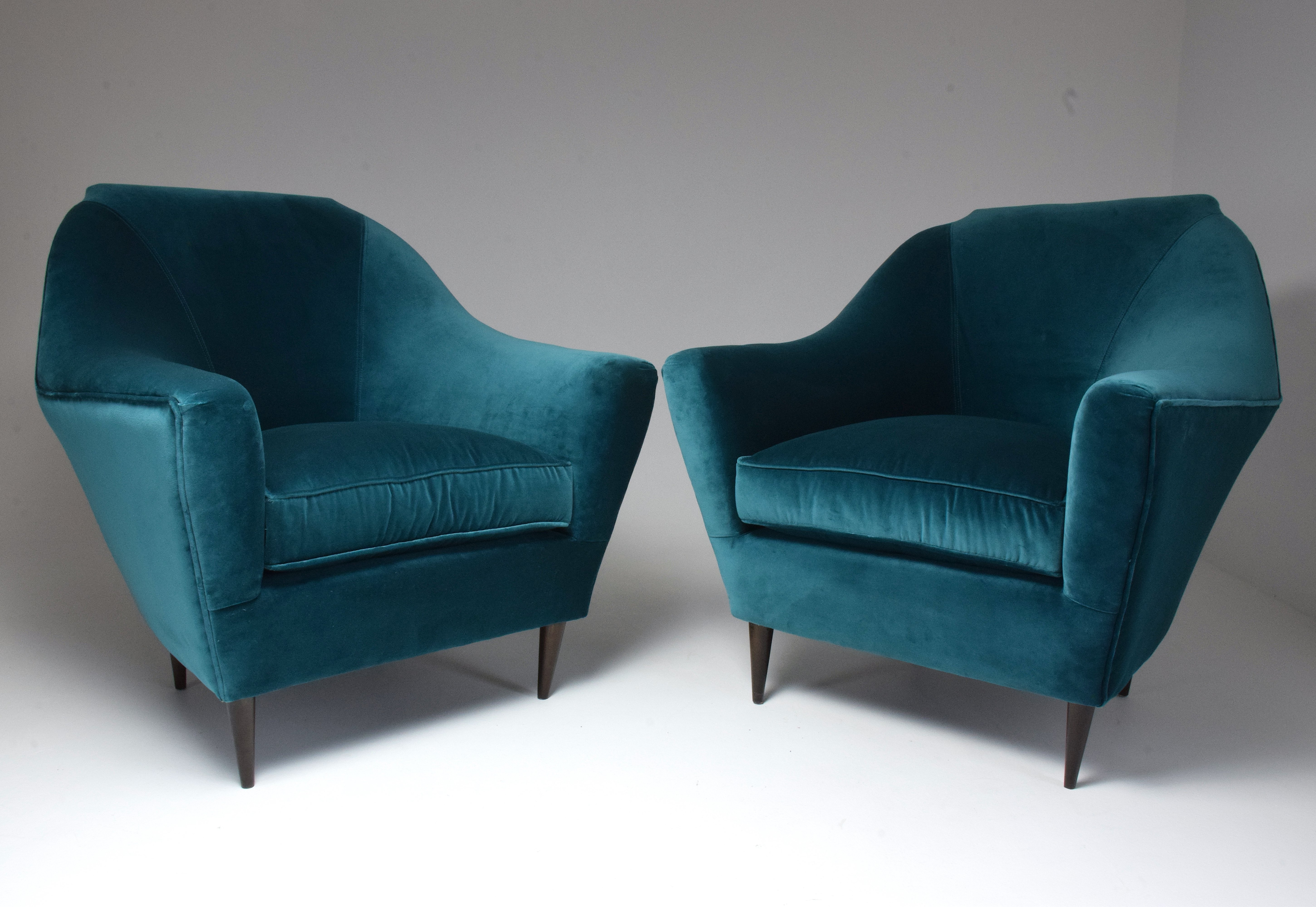 Italian Vintage Mid-Century Modern Armchairs by Ico Parisi ...