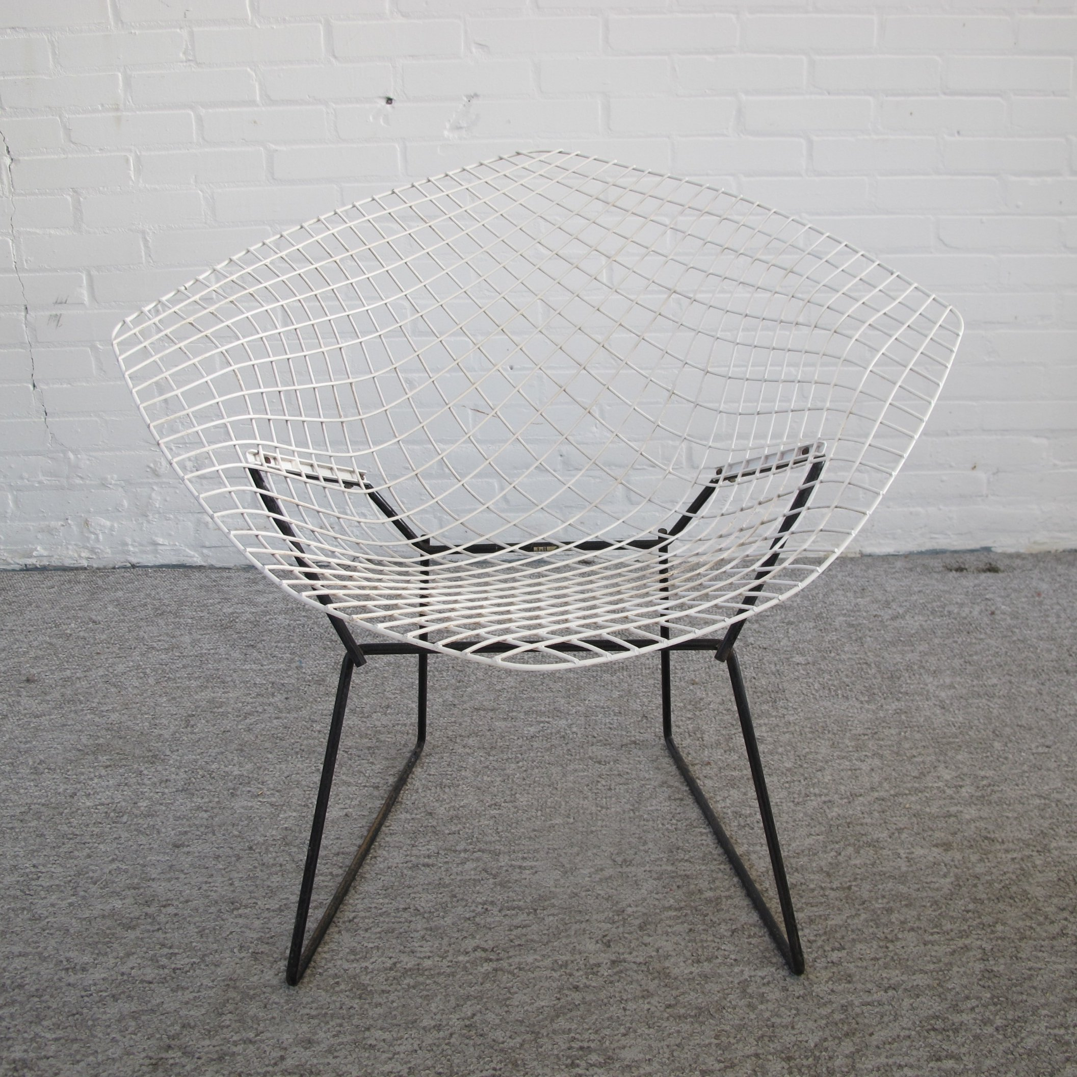 Amazing Diamond Lounge Chair By Harry Bertoia For Knoll Alphanode Cool Chair Designs And Ideas Alphanodeonline