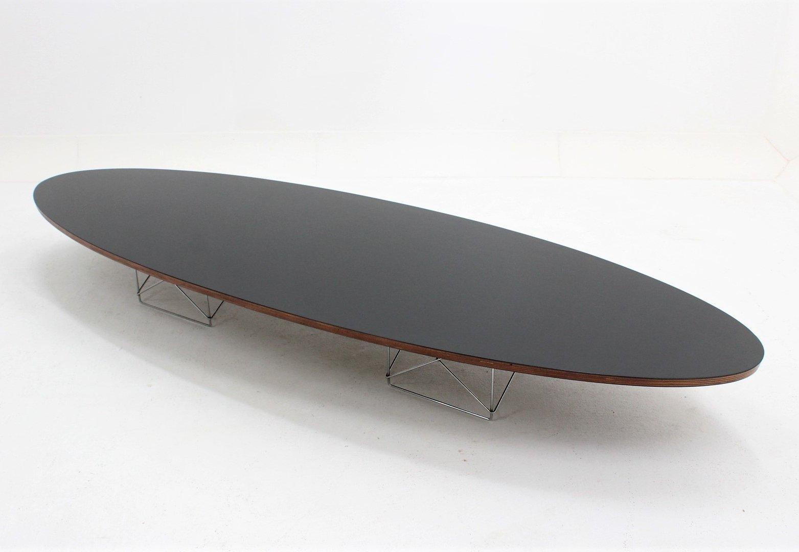 Eames Surfboard Coffee Table.Mid Century Etr Surfboard Oval Coffee Table By Charles Ray Eames 1960s