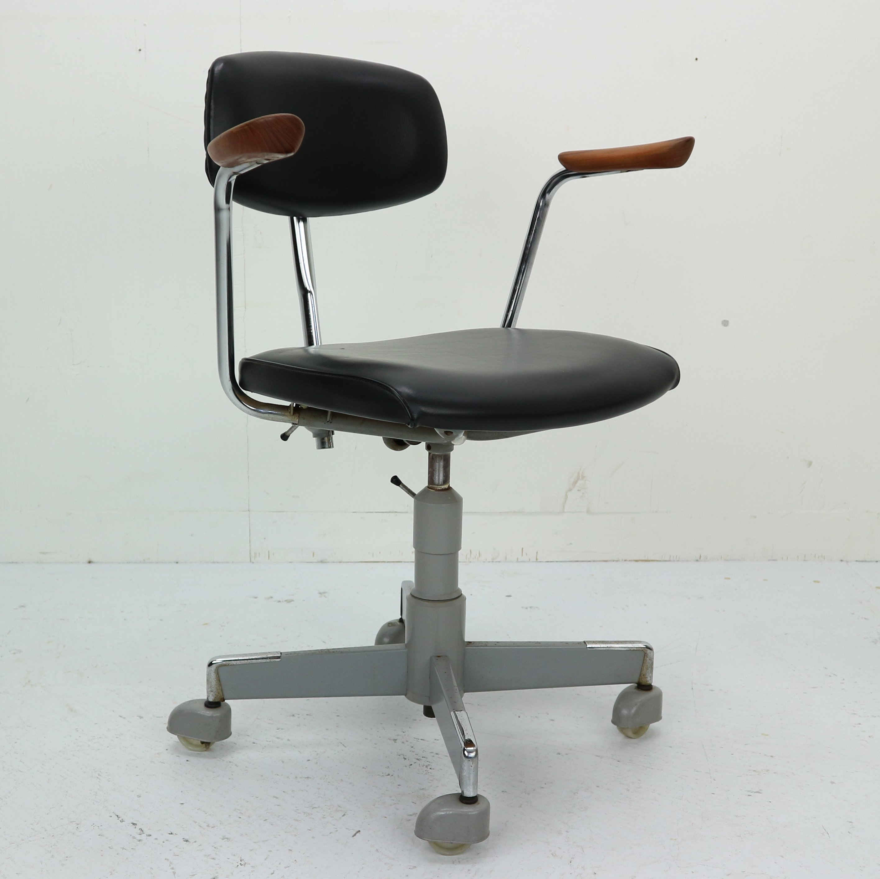 Brilliant 1960S Black Faux Leather Office Chair By Hag Norway 103408 Machost Co Dining Chair Design Ideas Machostcouk
