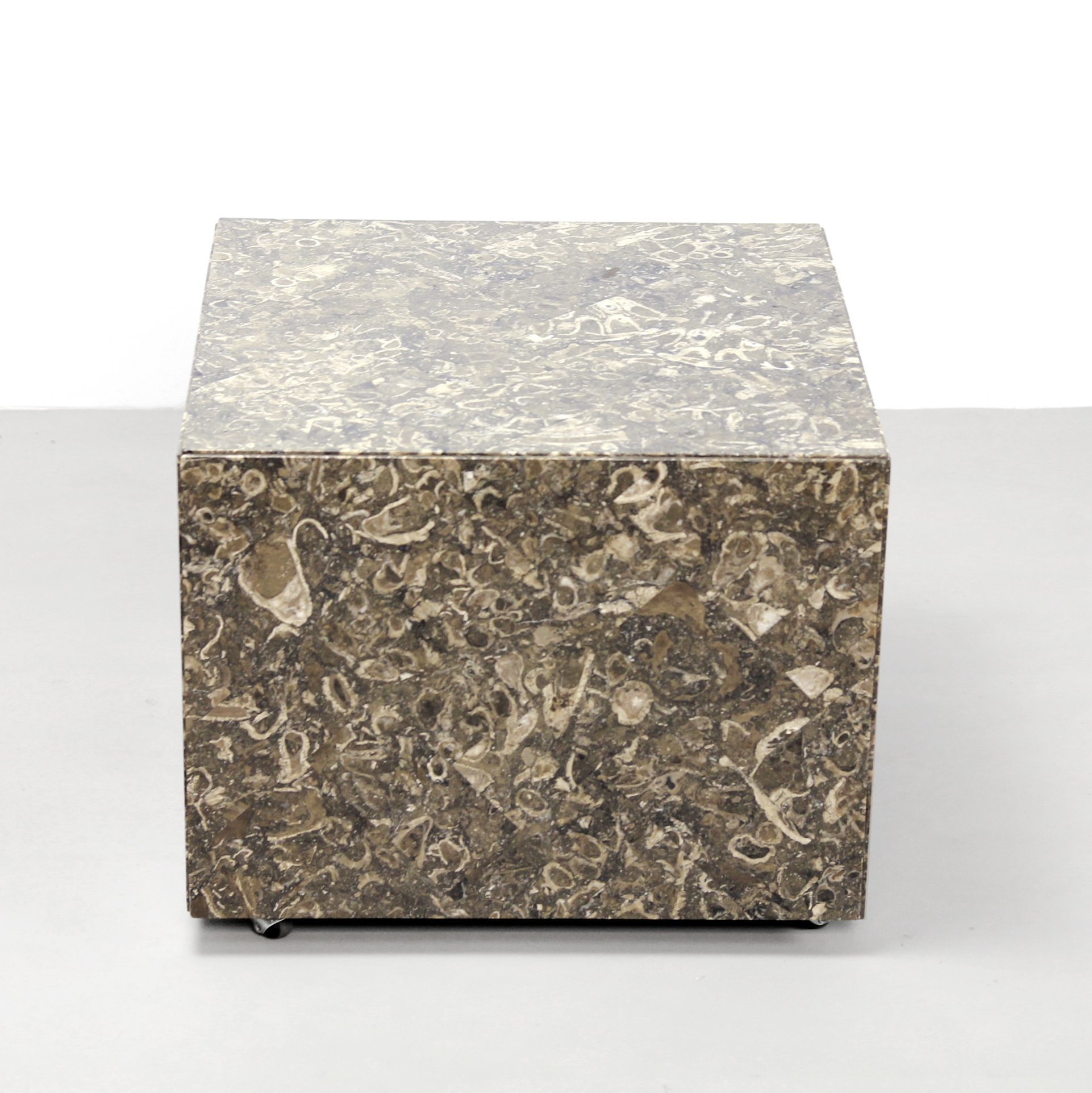 Italian Design Fossil Marble Cube Side Table 1970 S 104489