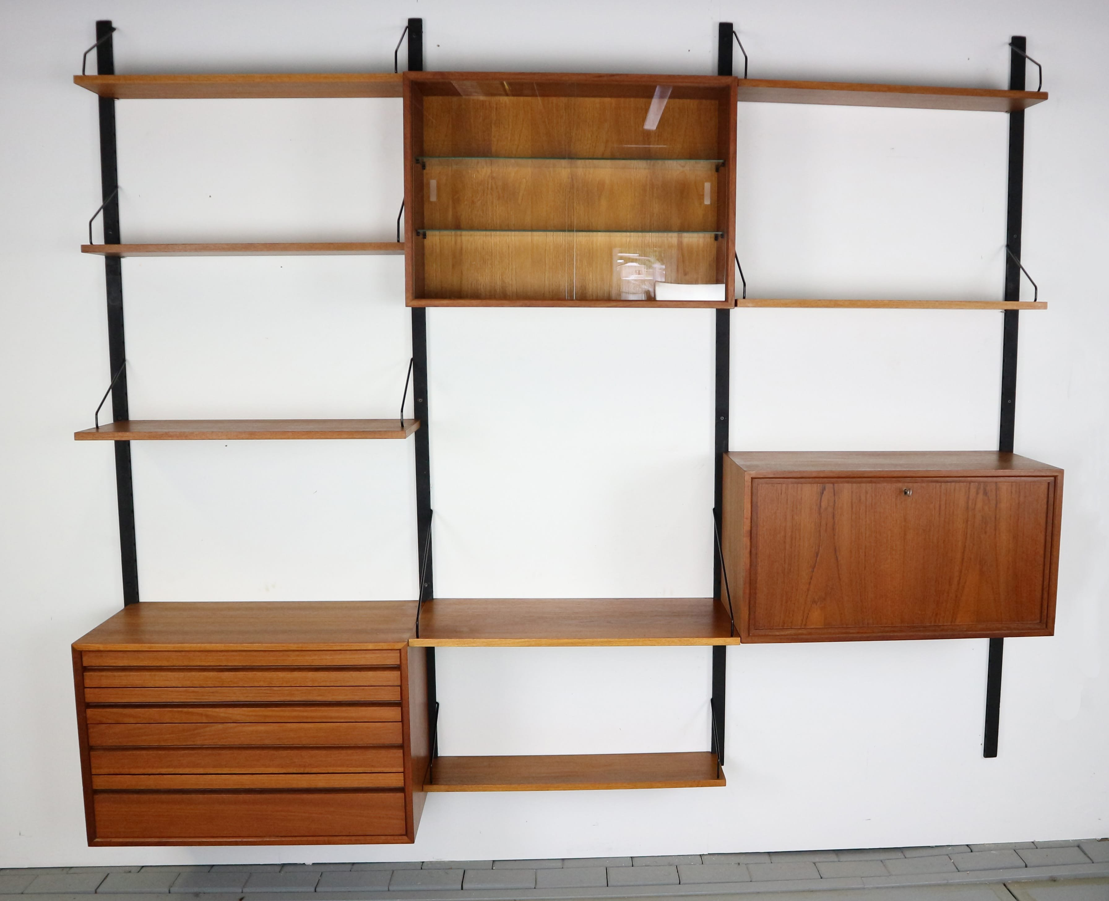 new york 4d109 3ca07 Royal System Wall Unit by Poul Cadovius for Cado, 1960s