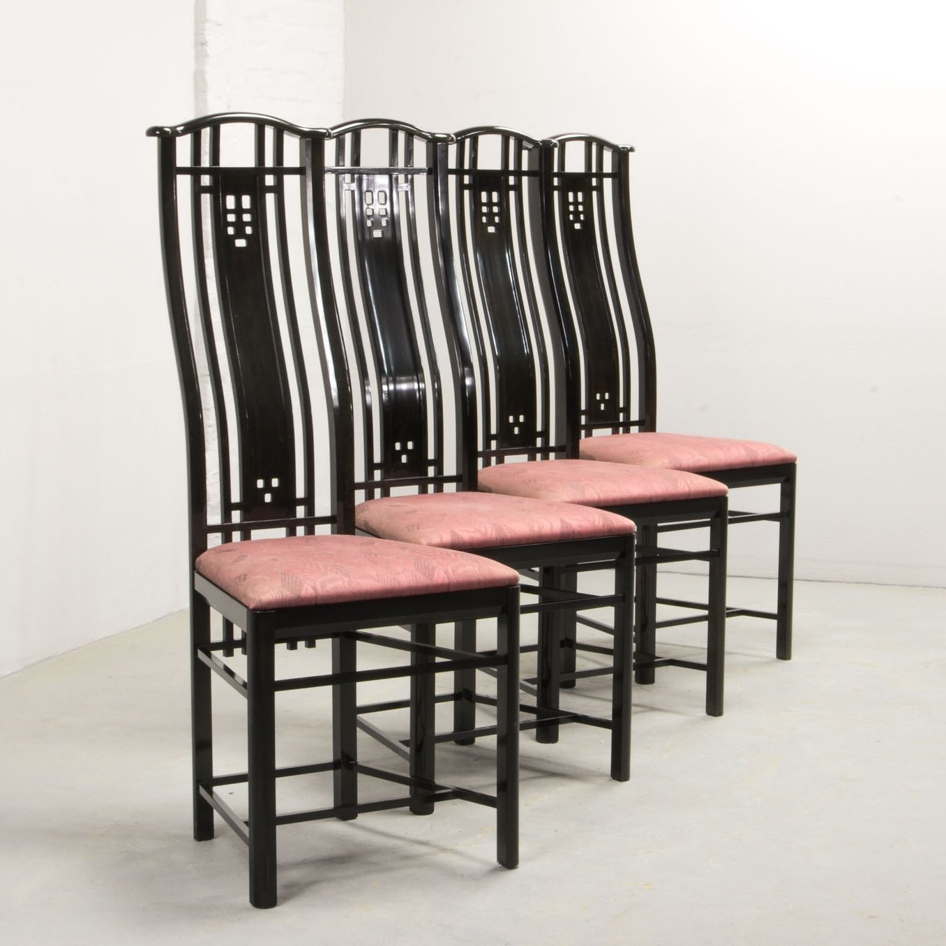 Set of 9 High Back Black Lacquered dining chairs by Giorgetti ...