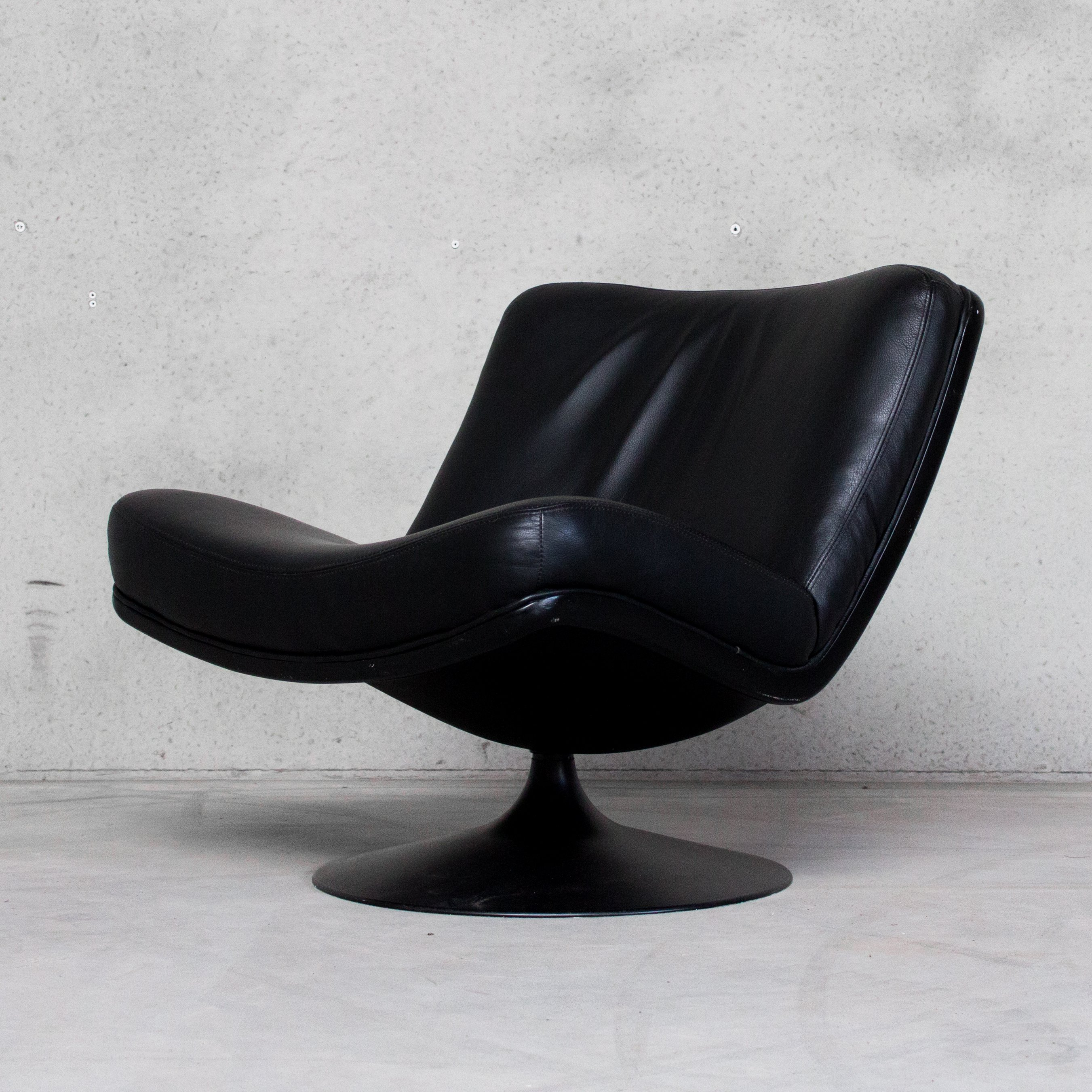 Picture of: Black Leather Swivel Lounge Chair By Geoffrey Harcourt For Artifort 107991