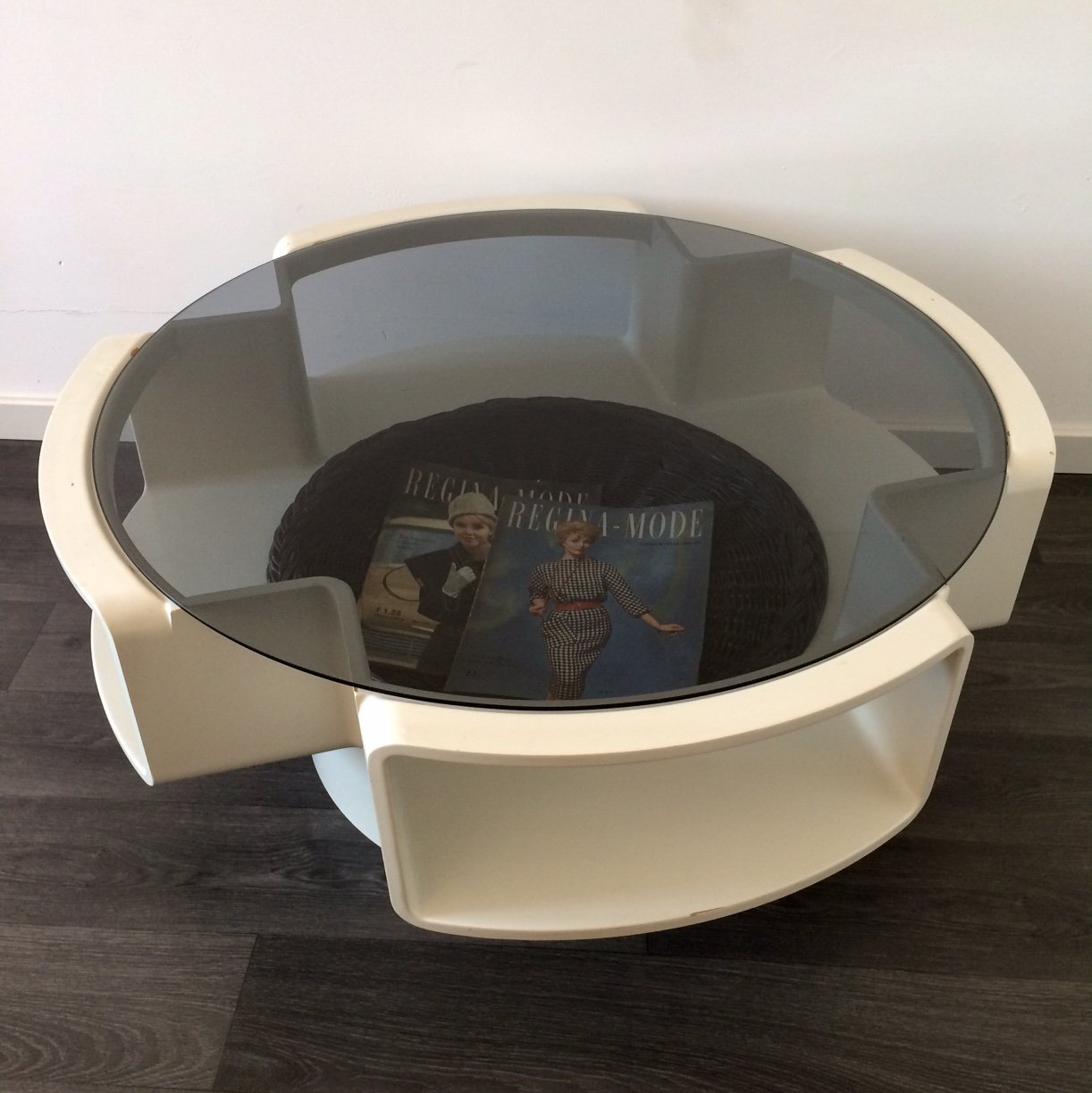 - 1960's Round Design Coffee Table With Wicker Magazine Tray #110245