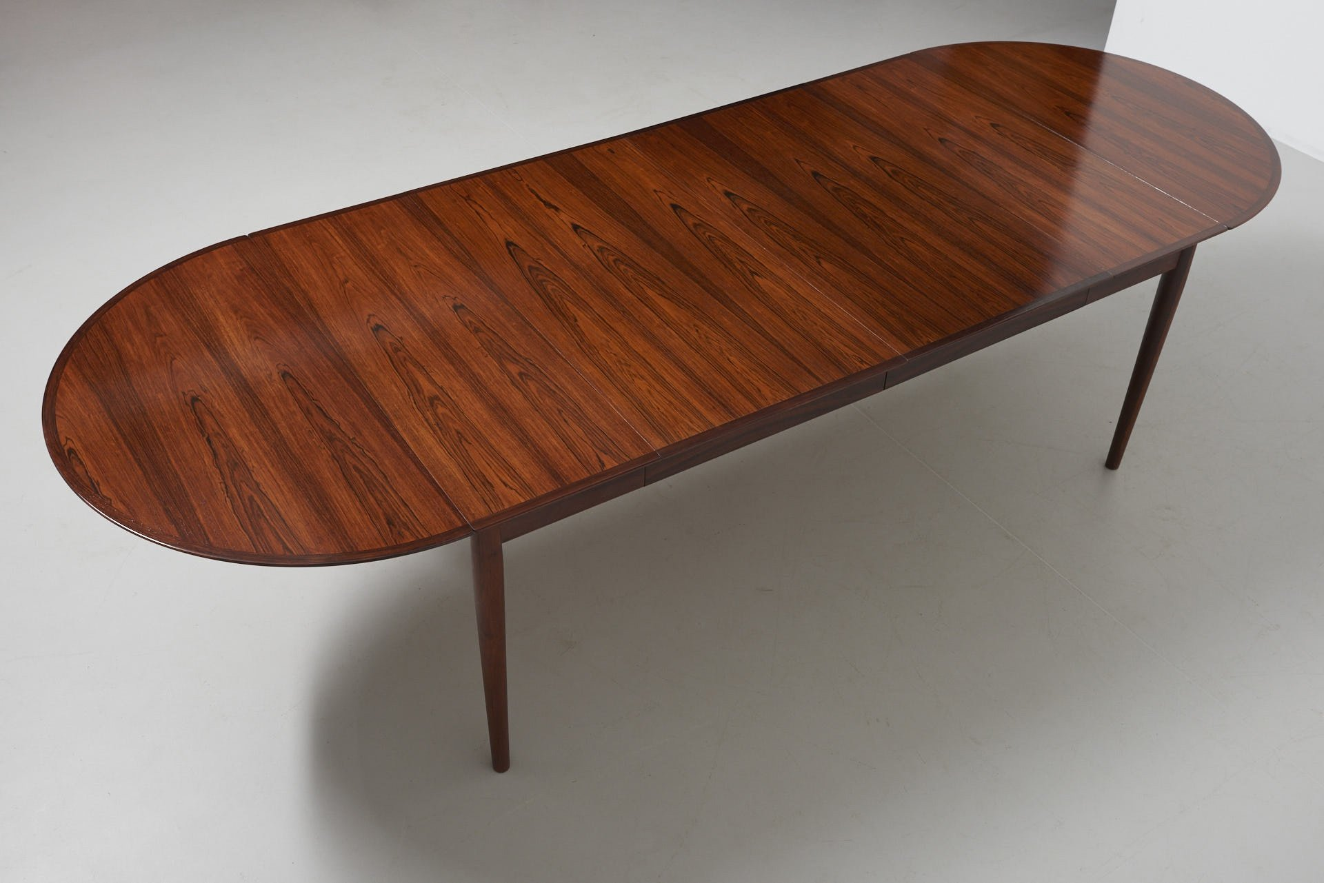 Drop Leaf Dining Table By Arne Vodder