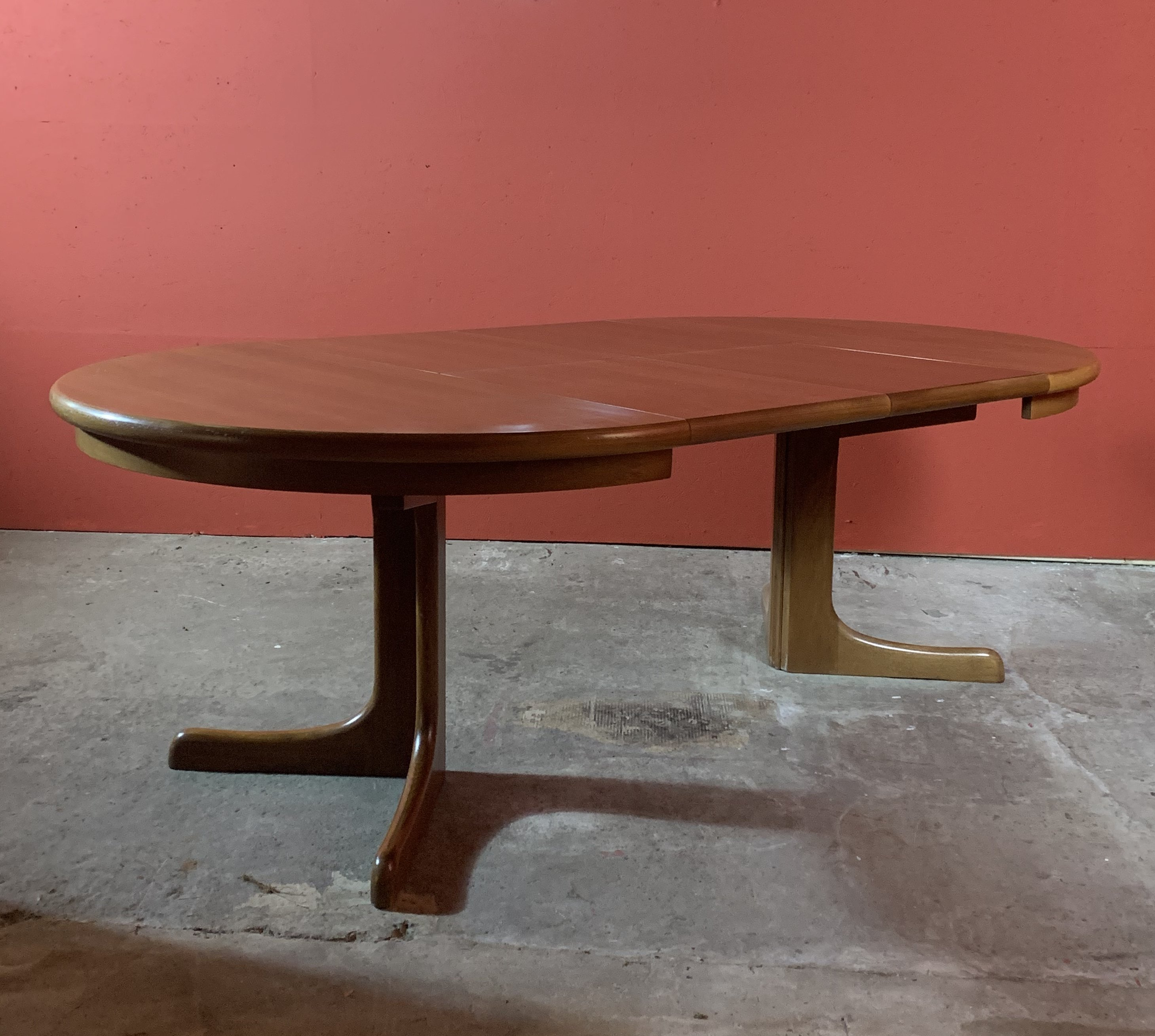 Extendable Round Dining Table By Cj Rosengaarden 111807