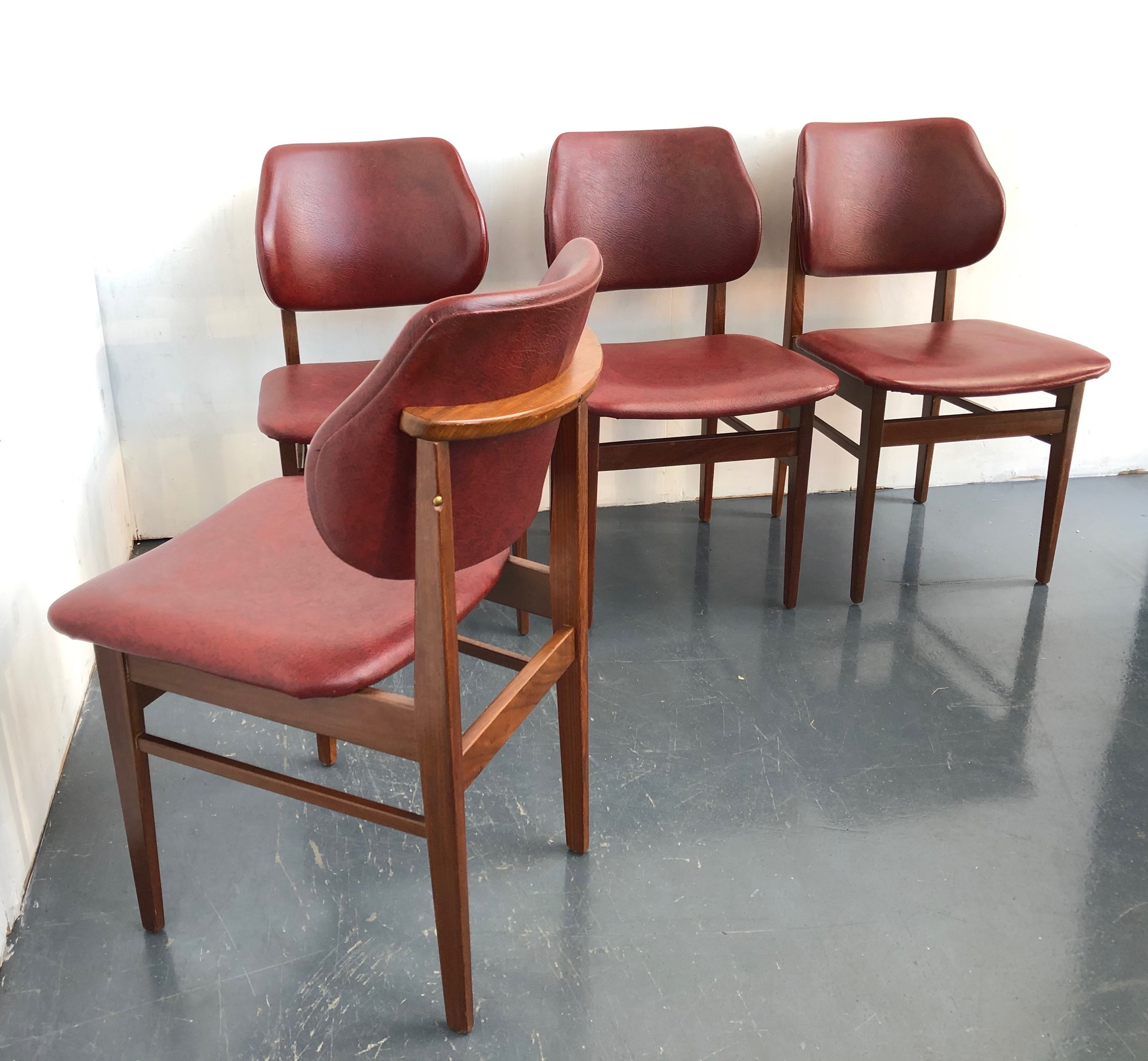 Set Of 4 Vintage Dining Chairs 1950s 113825