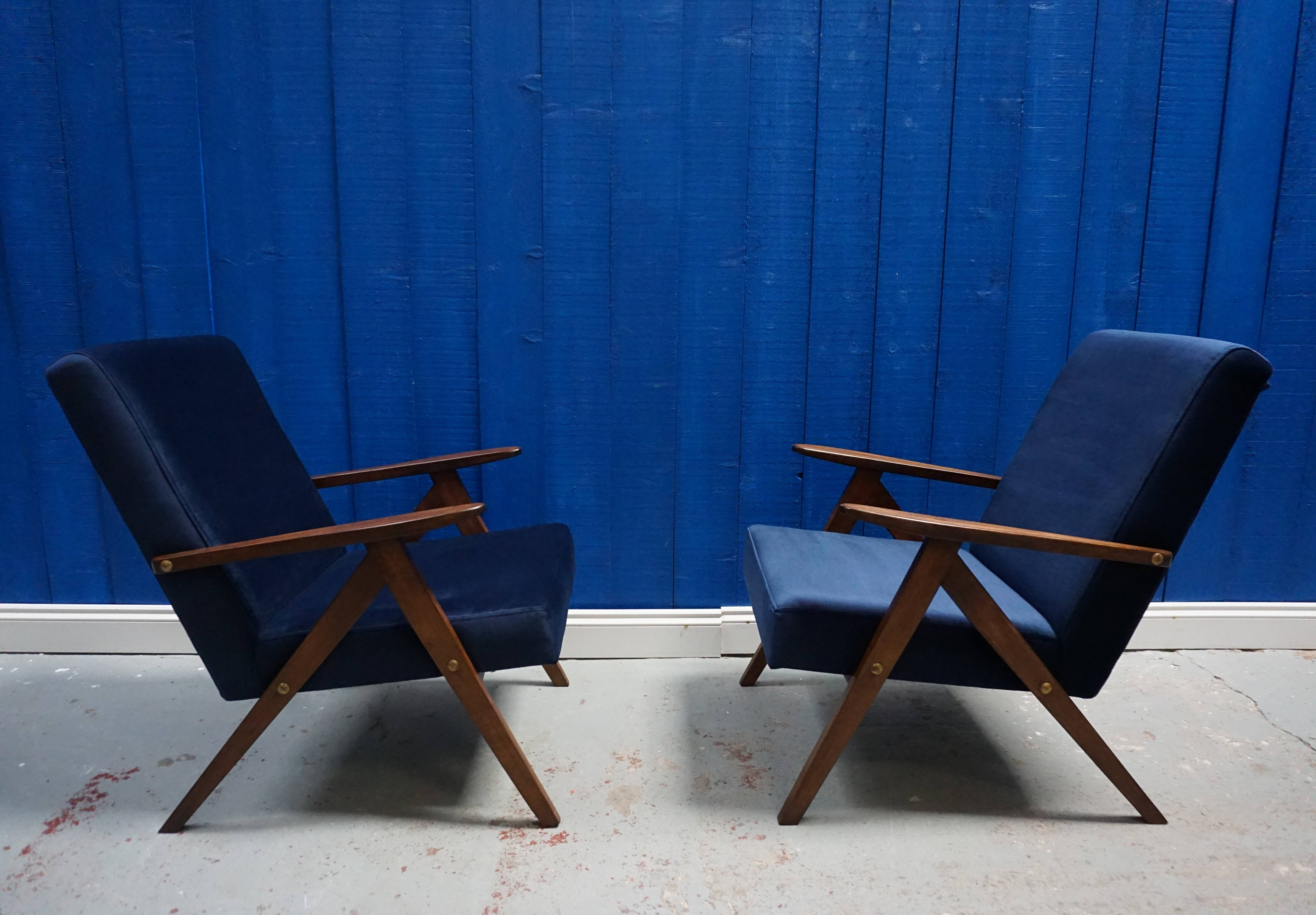 Pair Of Mid Century Modern Easy Chairs From 1960 S In Navy Blue