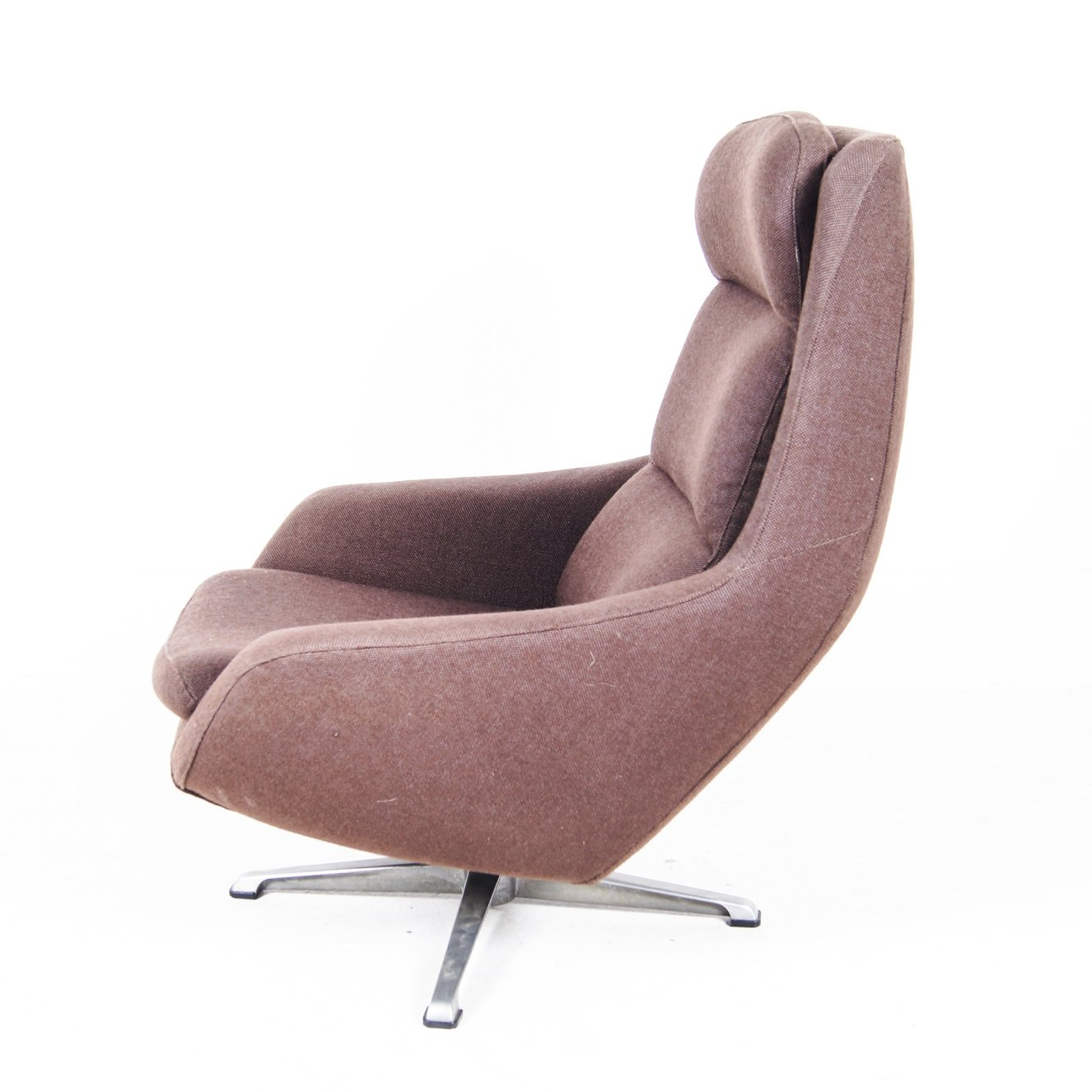 Light Weight Brown Cotton Swivelchair