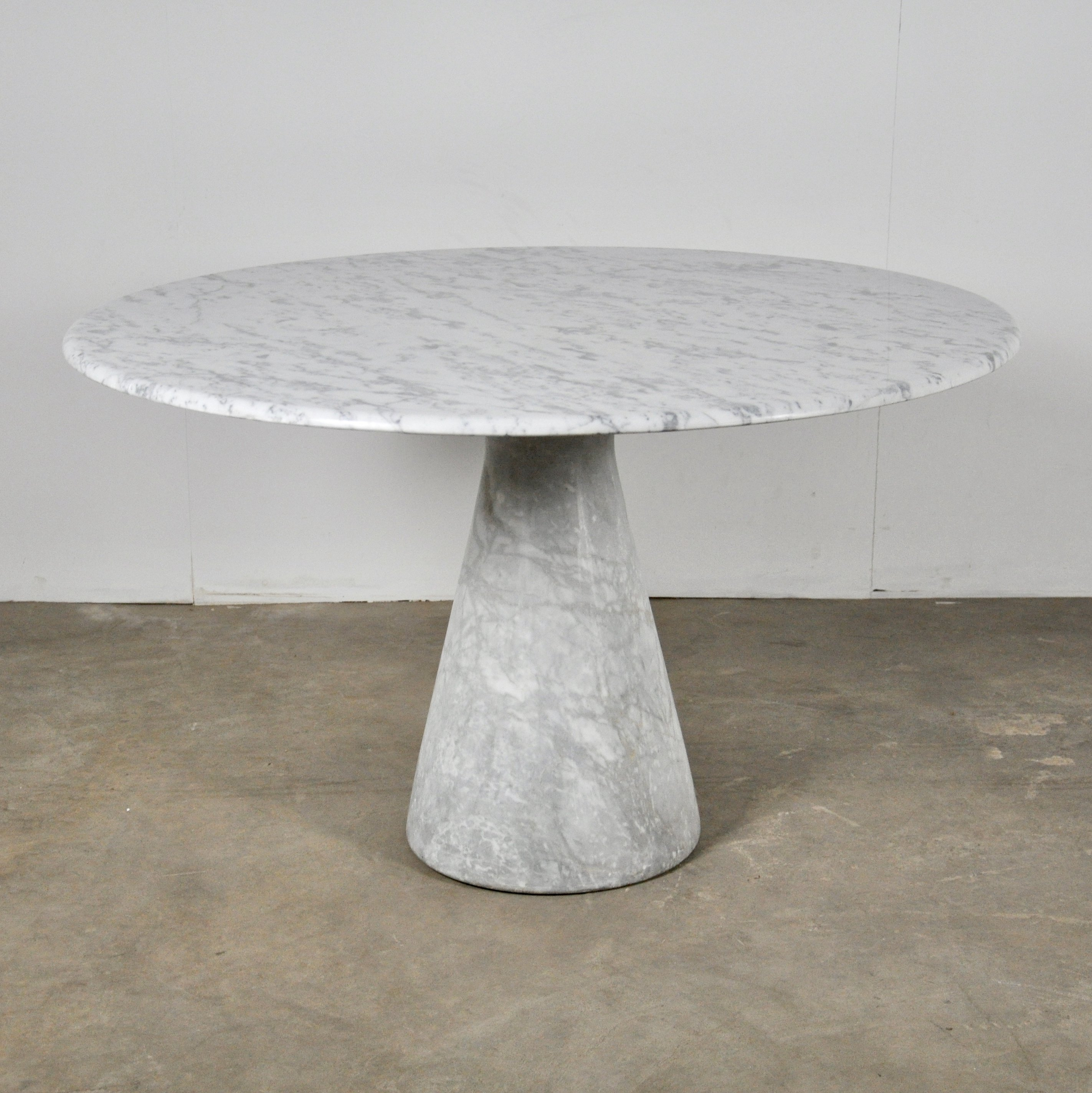 Round Carrara Marble Dining Table By Angelo Mangiarotti 1970s 117094