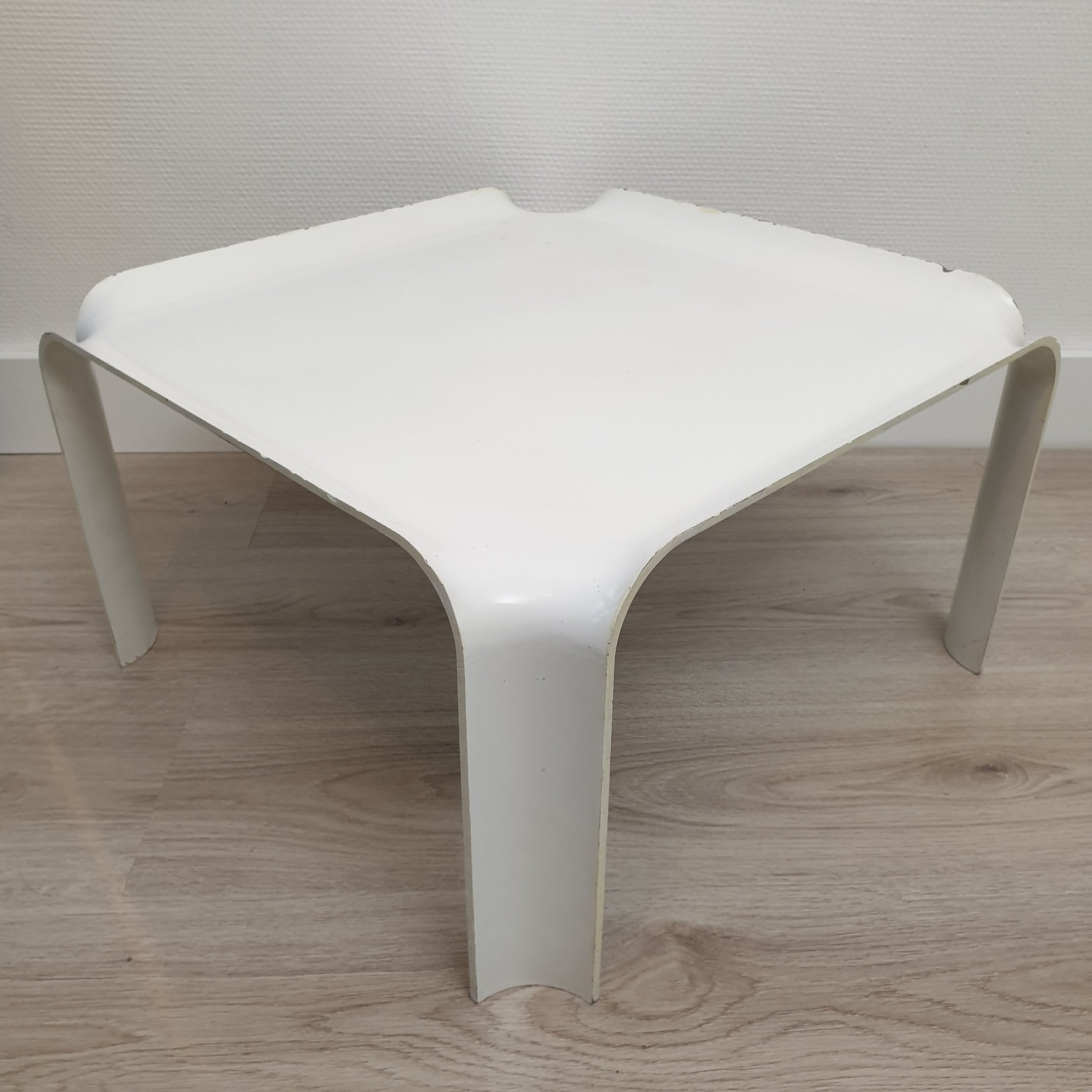 White Lacquered Resin Side Table Model
