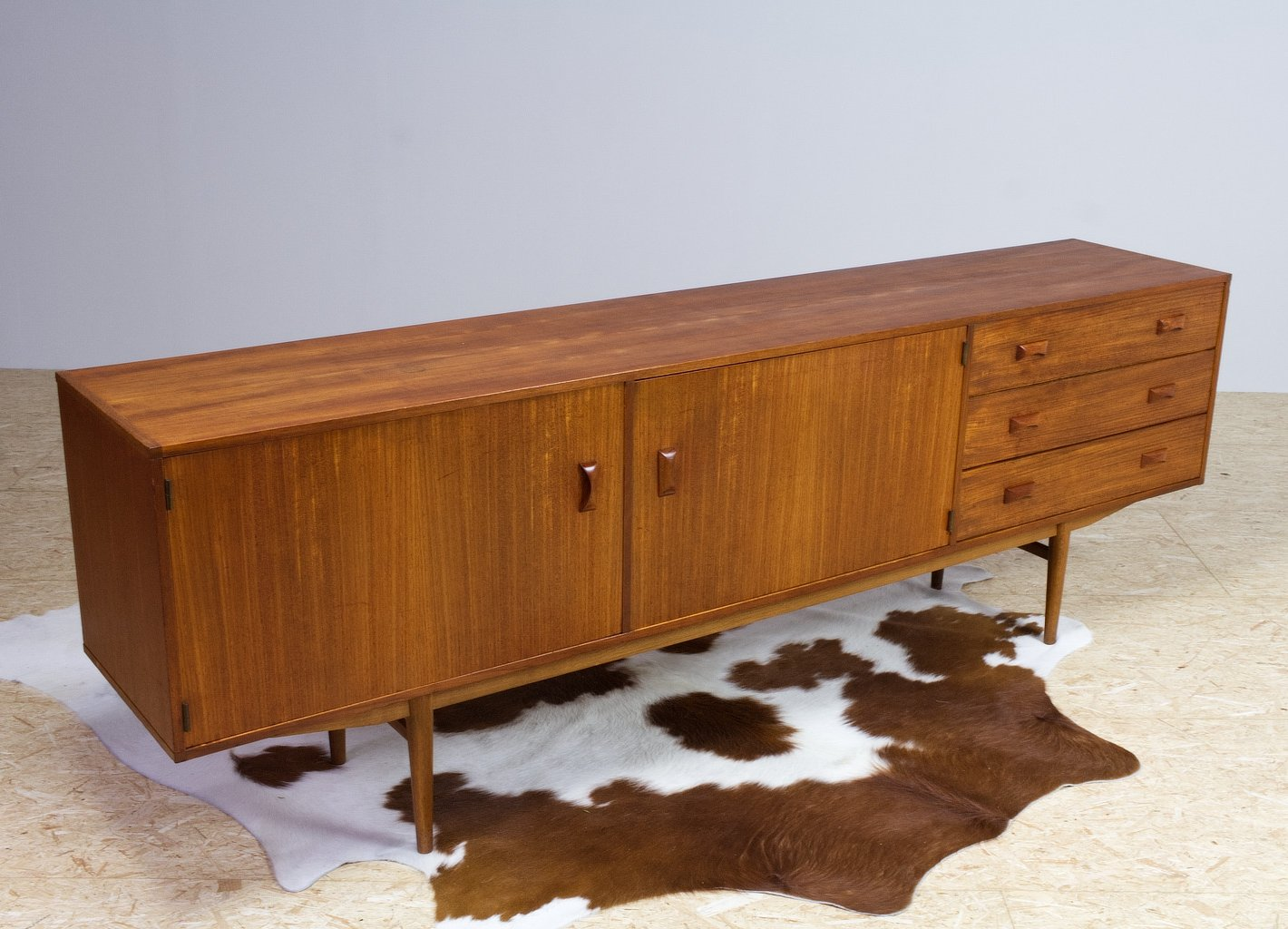 Picture of: Mid Century Modern Slim Long Credenza In Teak By Fristho 1960 124699