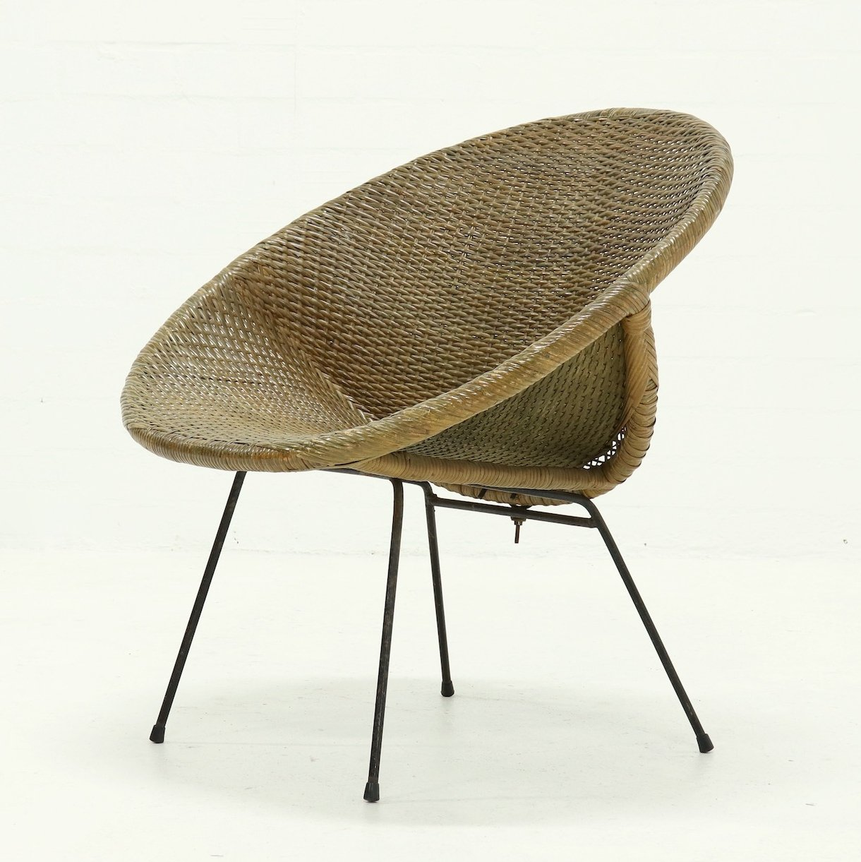 Picture of: Mid Century Italian Rattan Lounge Chair 1950s 126350