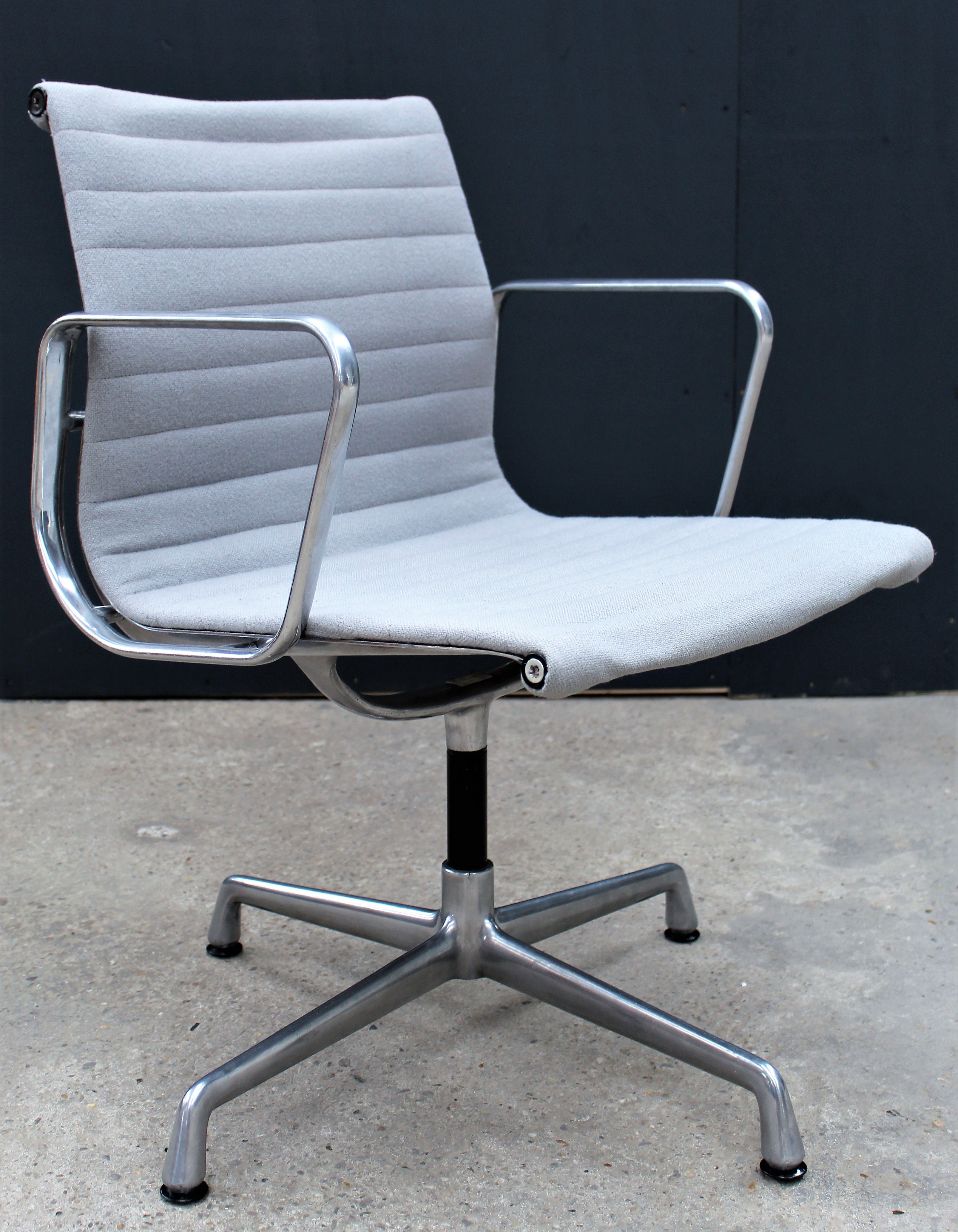 Ea 108 Office Chair By Charles Ray Eames For Herman Miller 1960s 126889